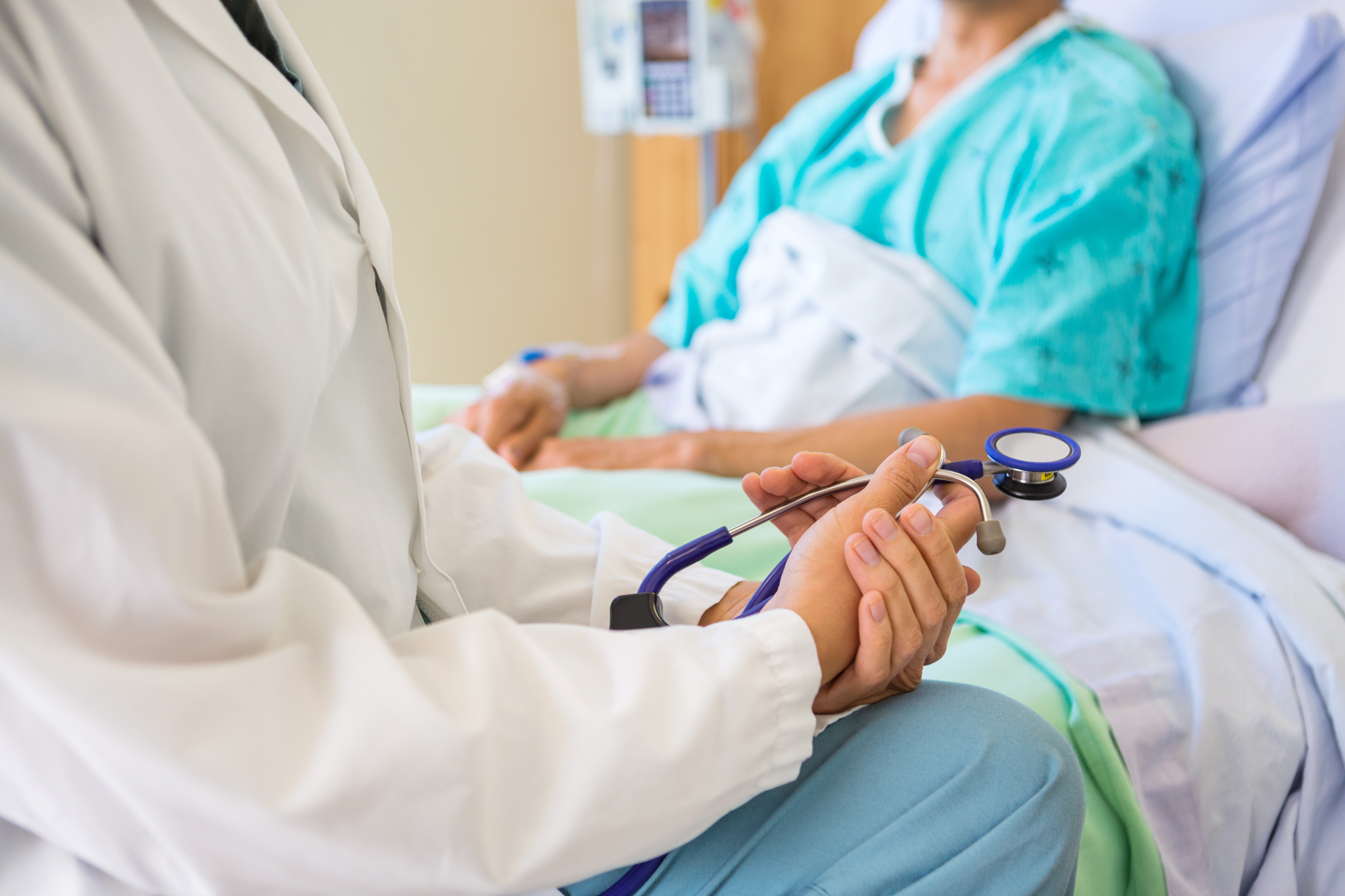 Med schools to teach how to discuss patients' goals for care — and