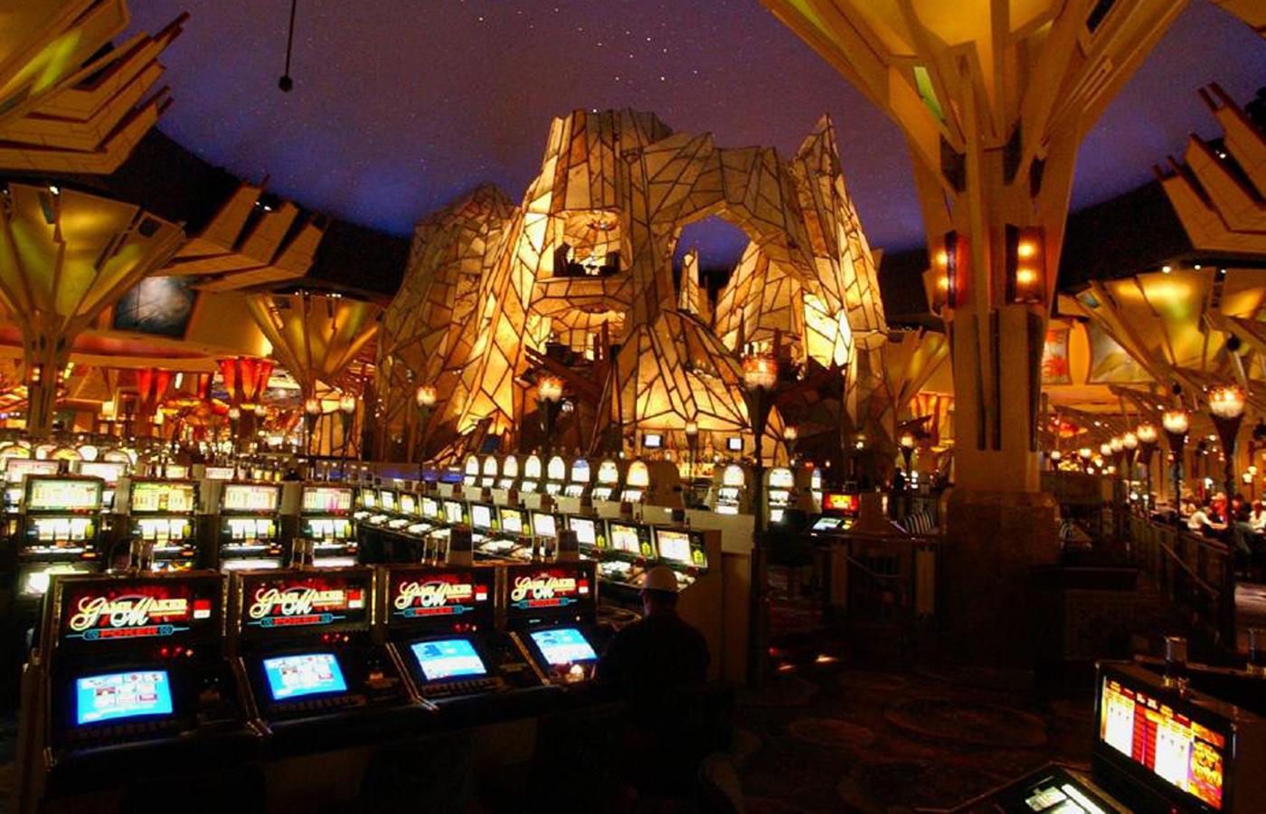 Foxwood casino big bucks day modern warfare 2 short game