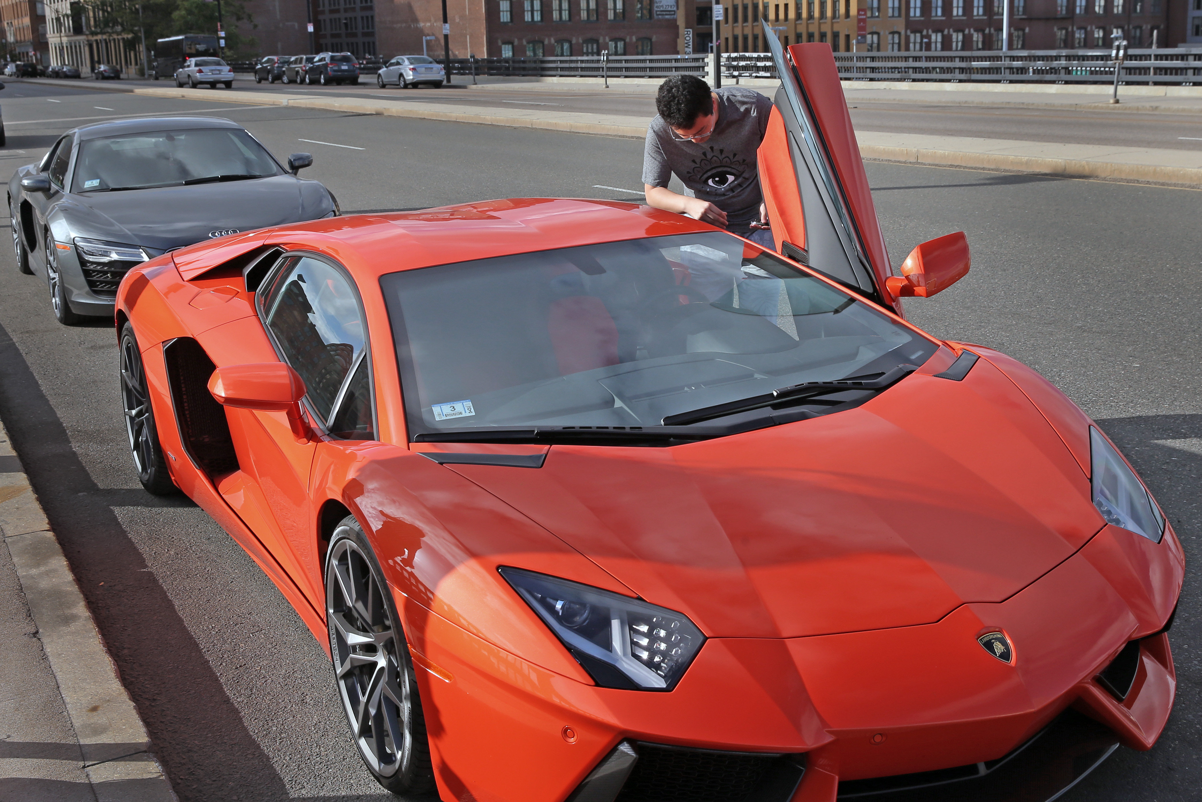 For Some Foreign Students A Driving Passion For Luxury The Boston Globe