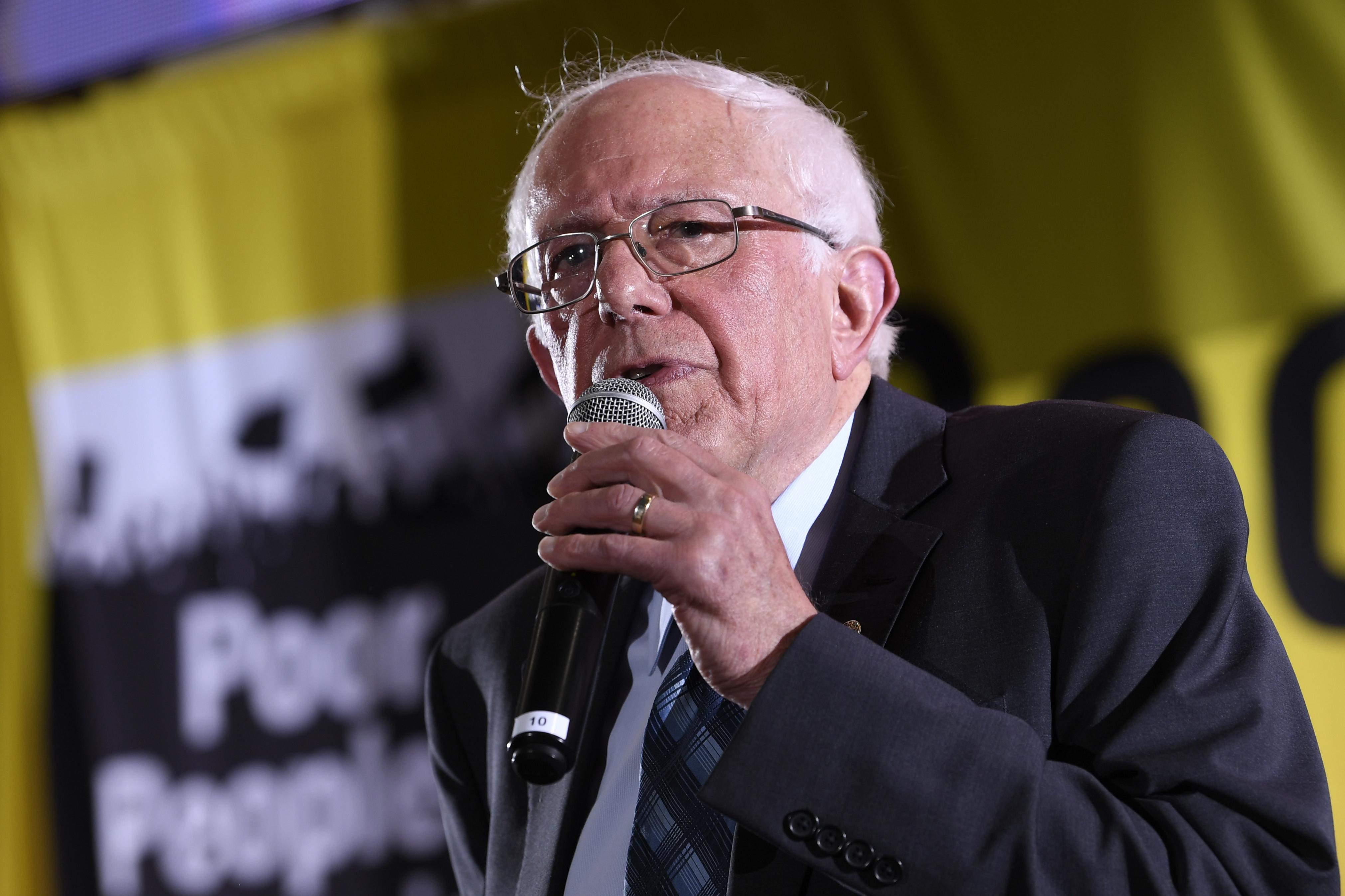 Sanders is slowly sliding in polls — as Warren rises