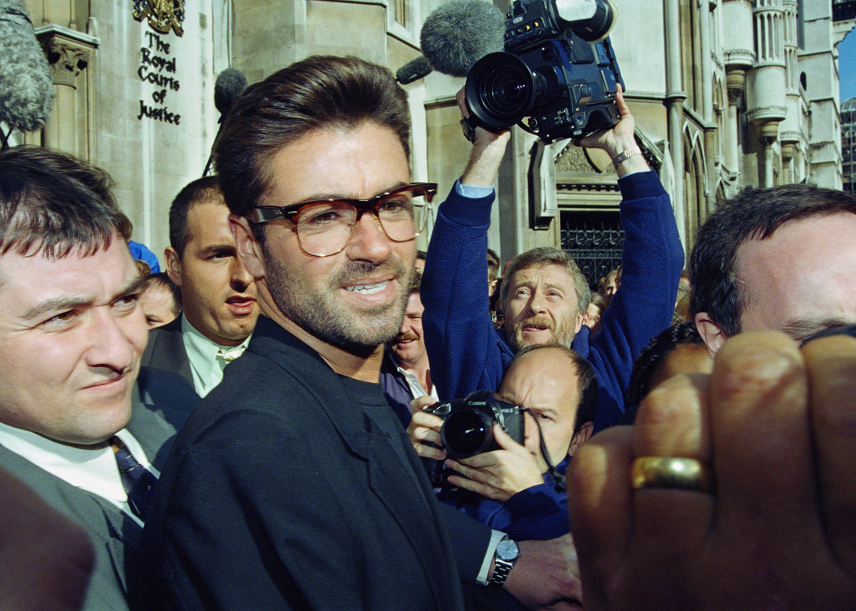 Photos George Michael Through The Years The Boston Globe