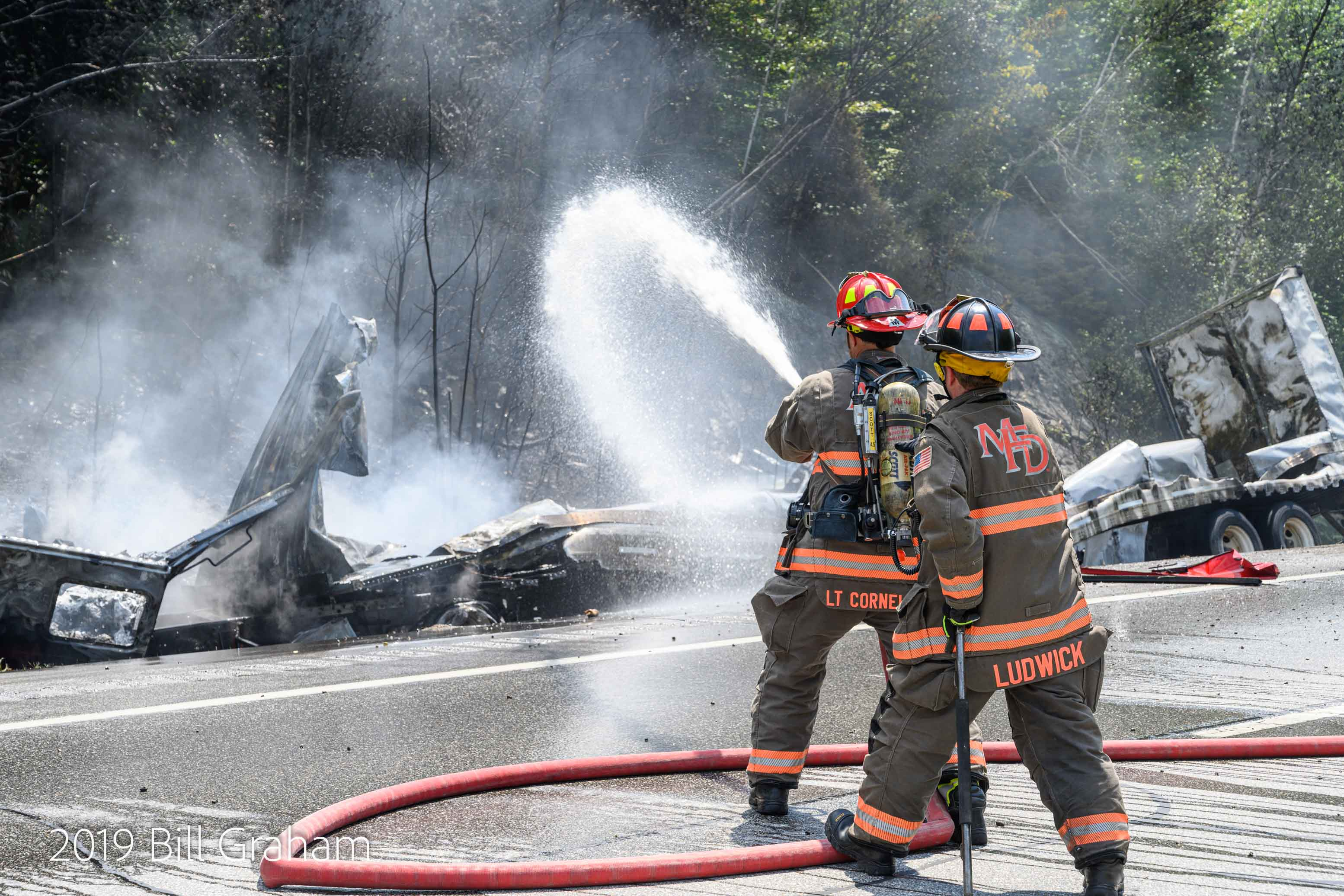 Truck crash starts fire on I-93 north in New Hampshire - The