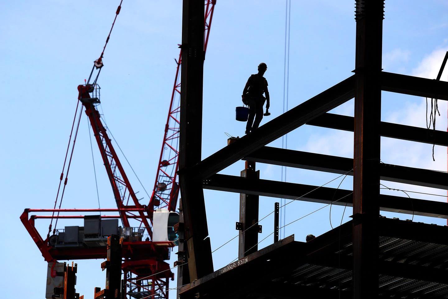 Reducing addiction requires tackling workplace injuries