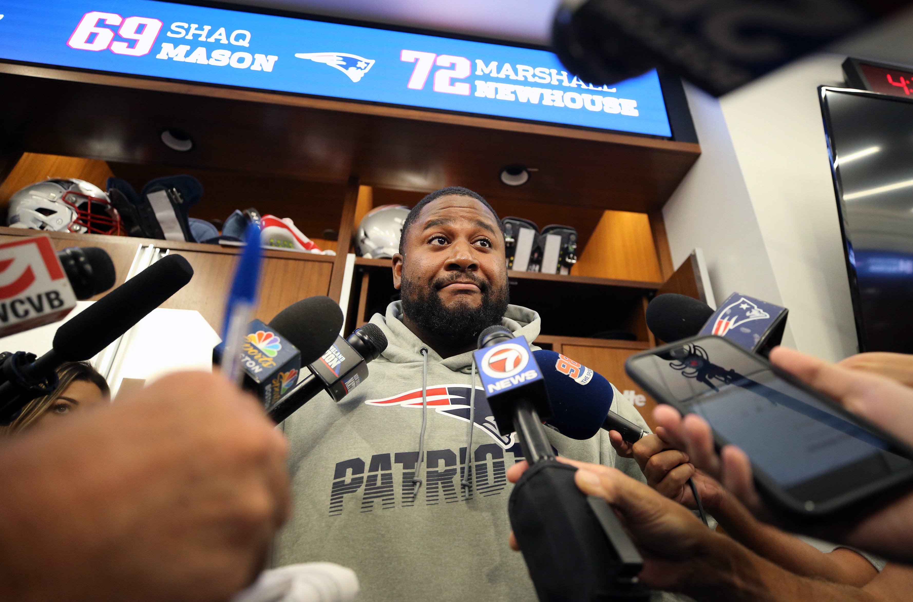 Offensive lineman Marshall Newhouse didn't flip out in his Patriots debut