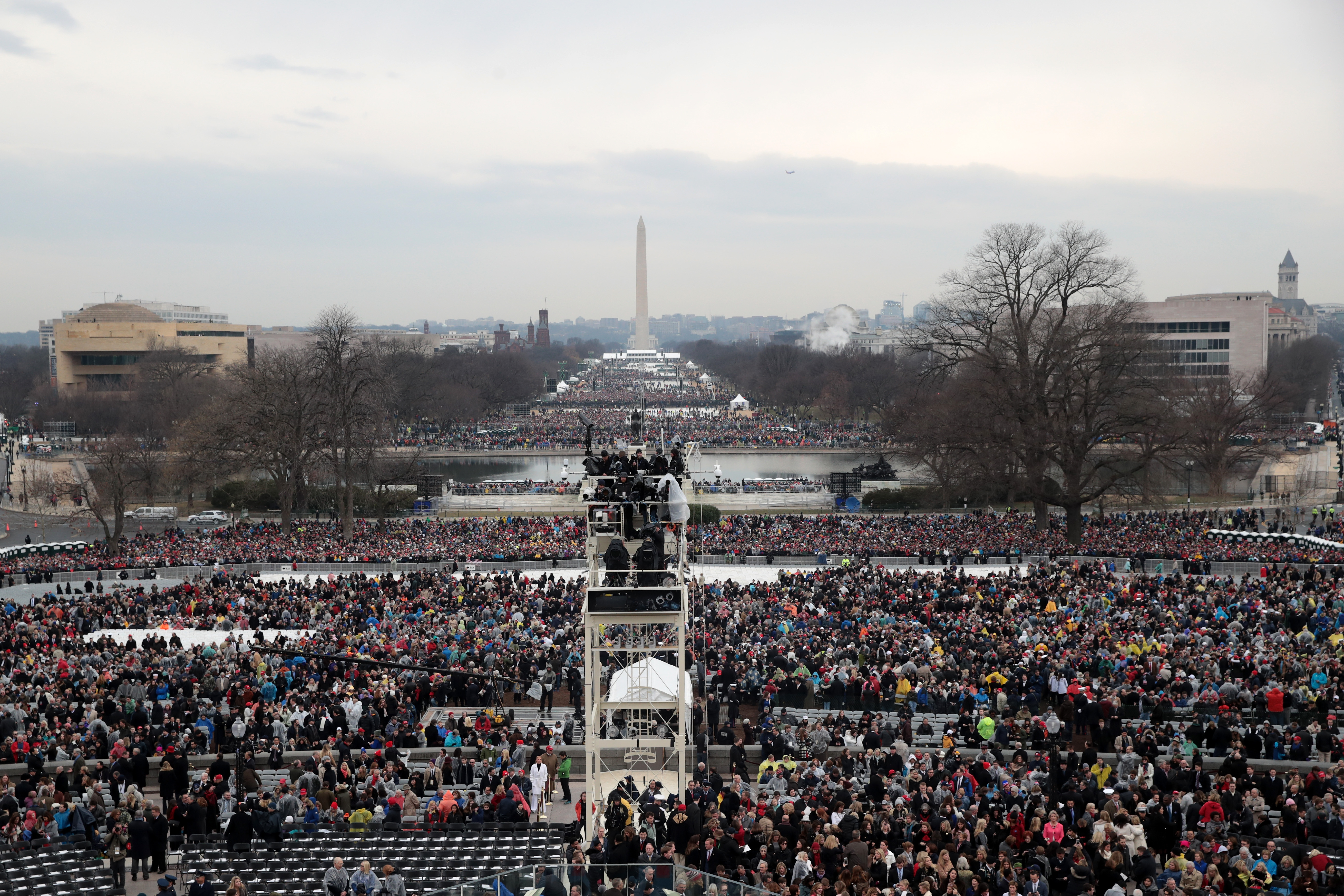 Trump Posts Tweet Of Inauguration Crowd Photo But The Date Is Wrong The Boston Globe,4 Bedroom Mobile Home For Sale Alberta