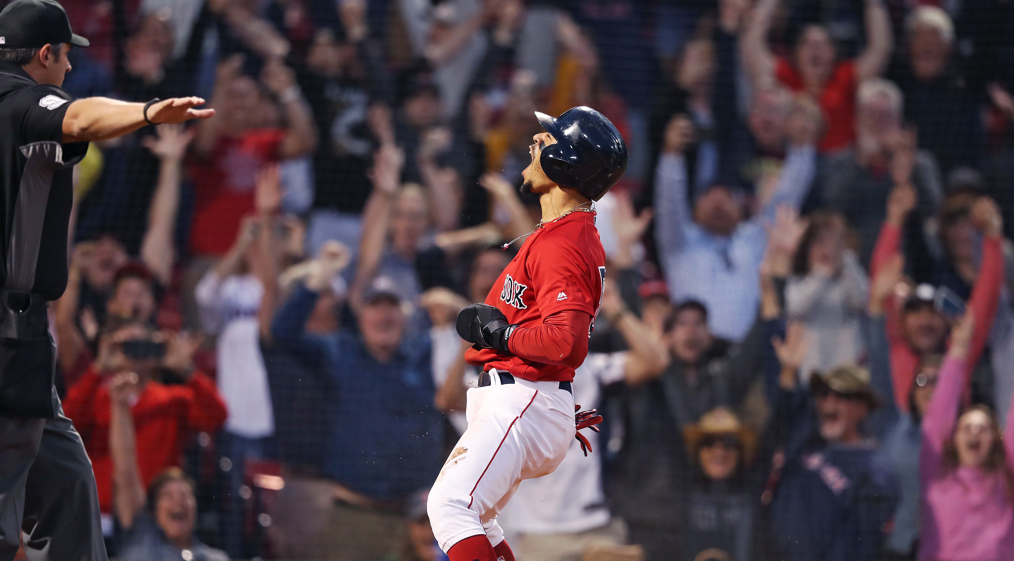If Red Sox trade Mookie Betts, it's tantamount to malpractice