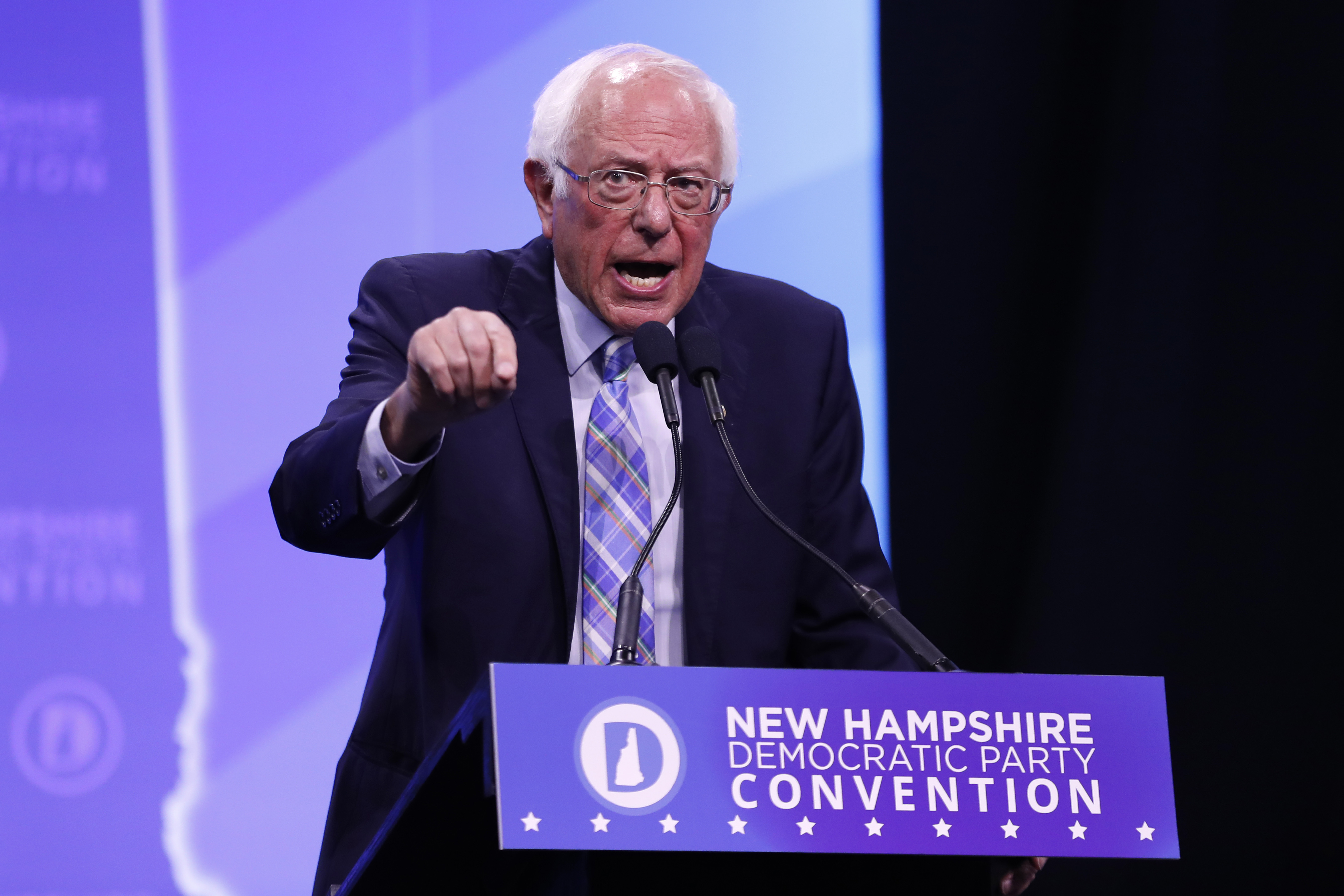 In reshuffle, top 2 Sanders aides in N.H. are out