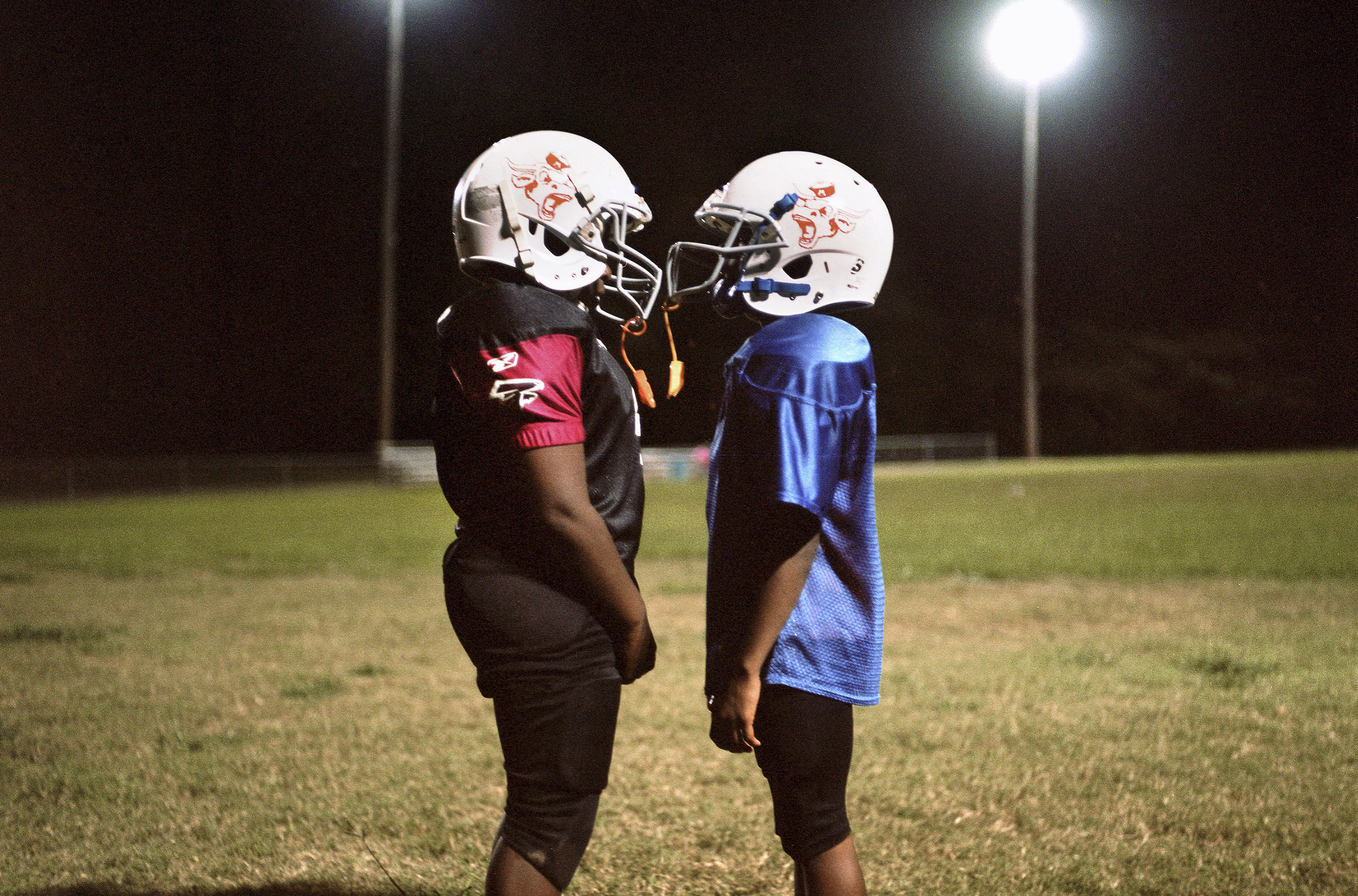 Football Affects Youth Brain >> Study Links Youth Football To Greater Risk Of Later Health Problems