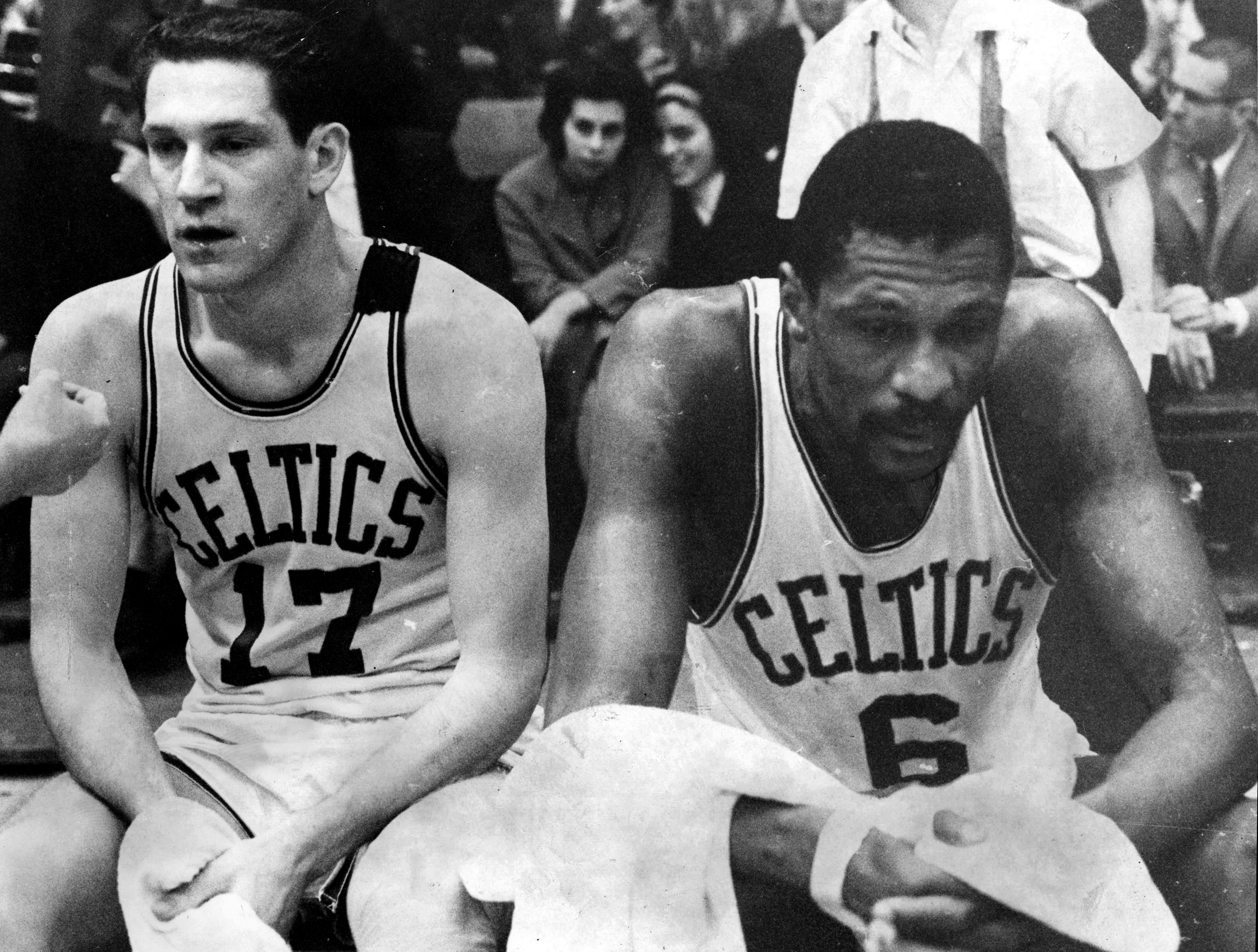17119b8e Read Will McDonough's game story from the night John Havlicek Stole The Ball