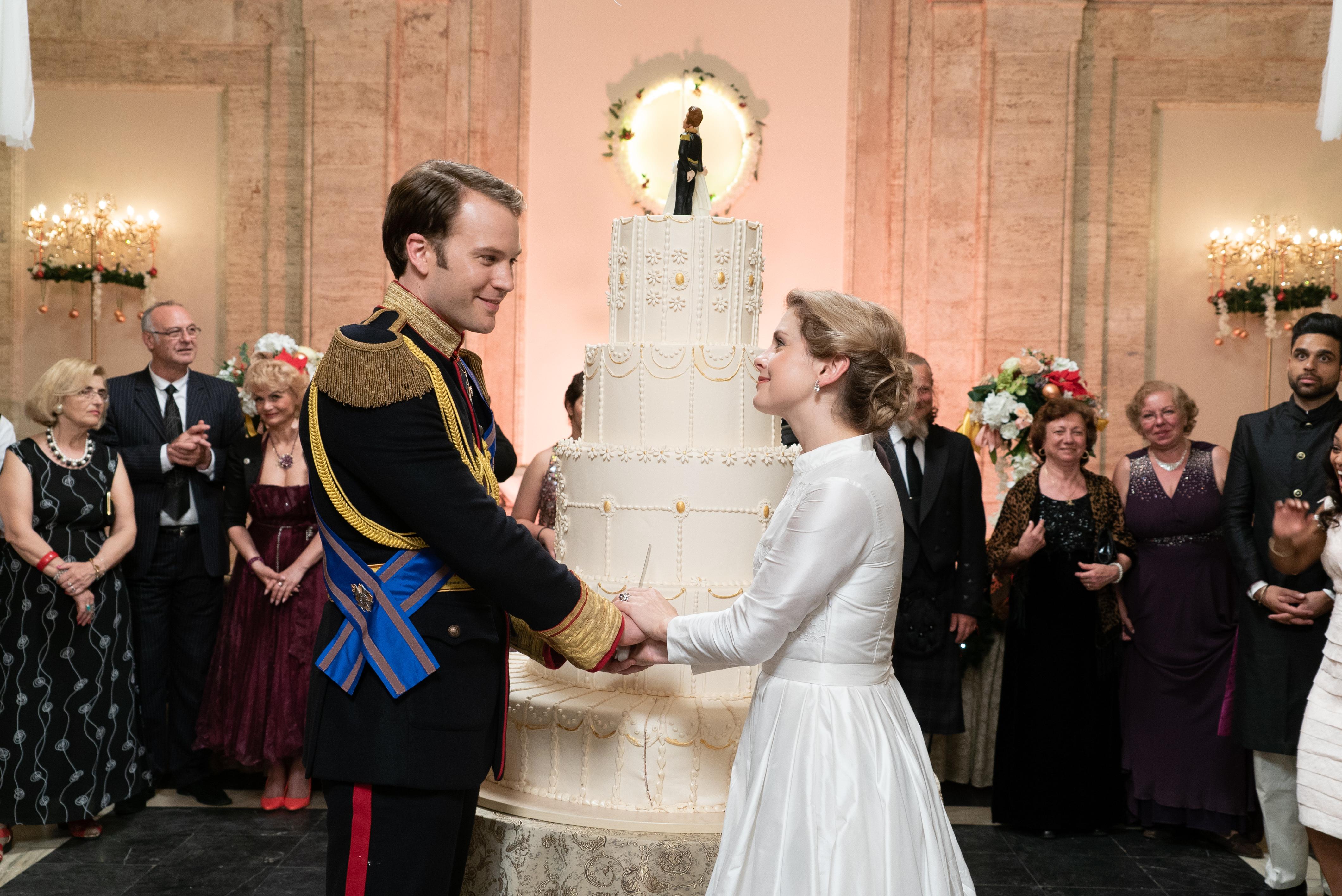 A Christmas Prince Ben Lamb.Surprise Success Of Christmas Prince Has Netflix Planning