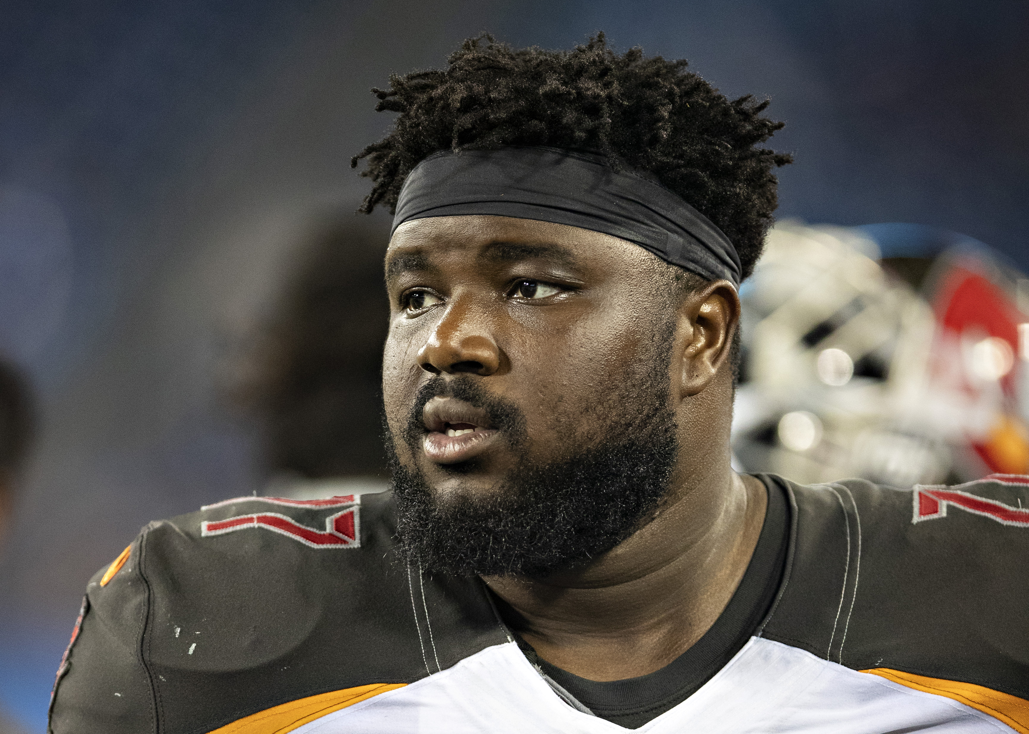 best service 08ea5 cef60 Patriots sign Caleb Benenoch to reinforce offensive line ...