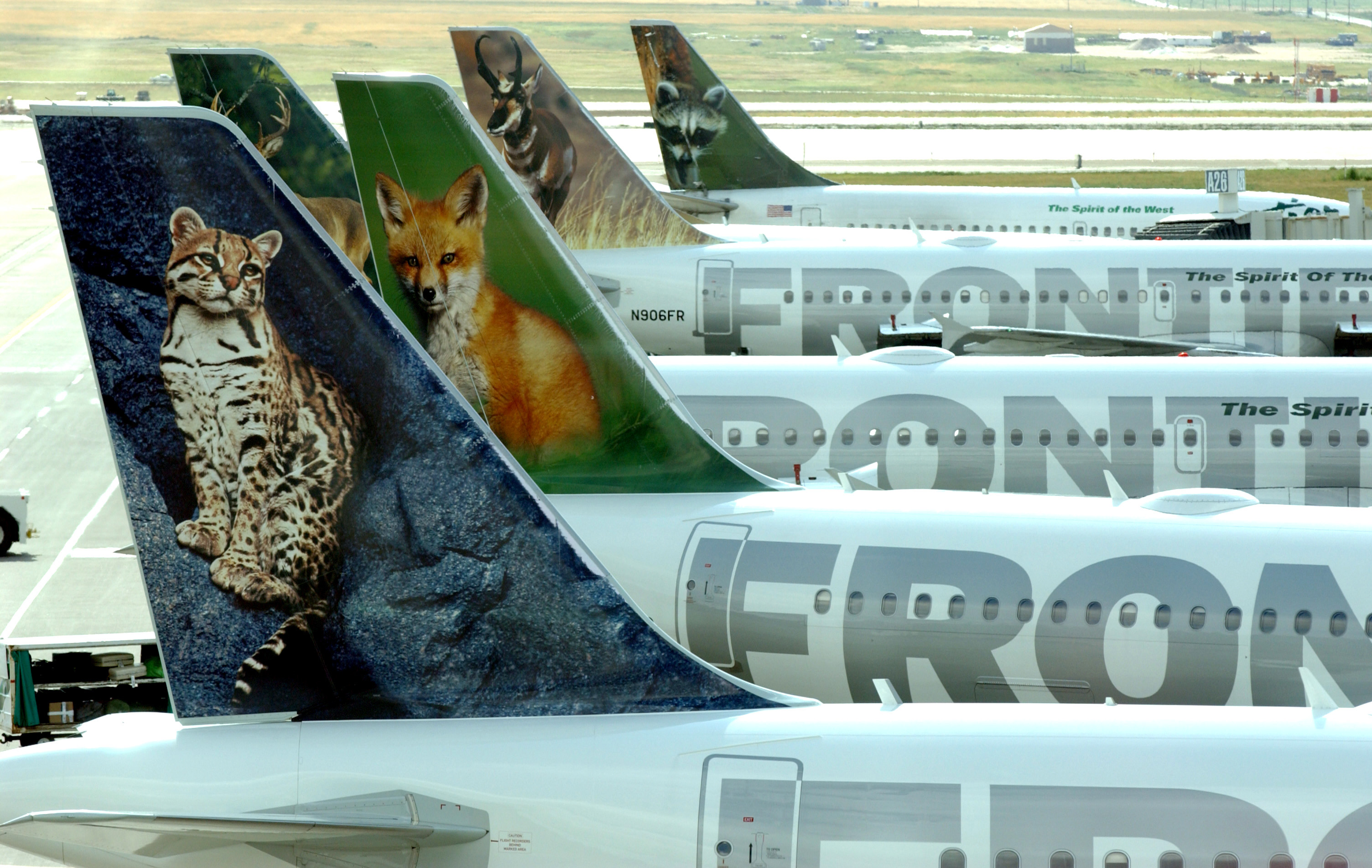 Low-fare carrier Frontier Airlines to start flying out of