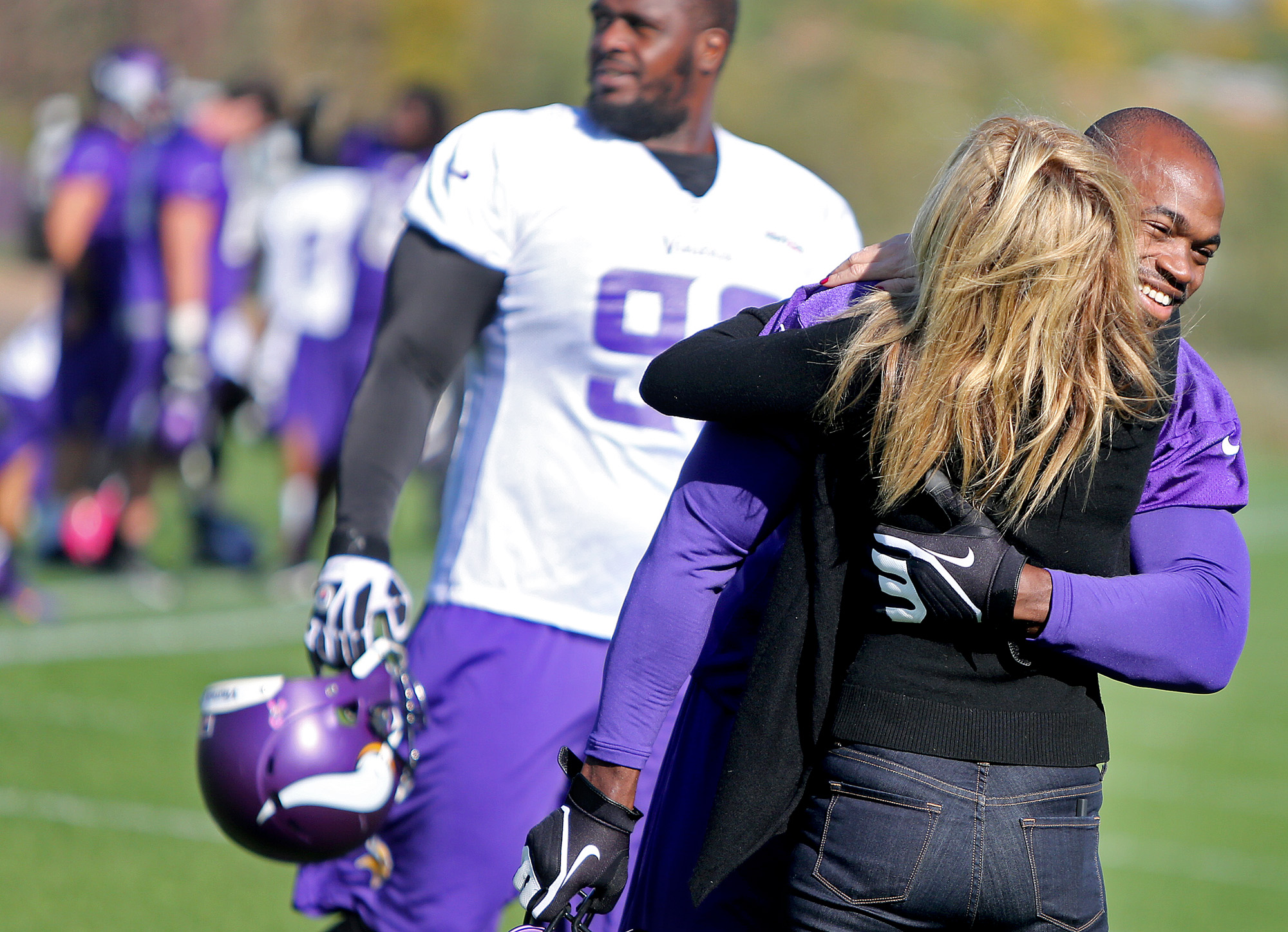 Adrian Peterson's son, 2, dies after alleged assault - The Boston ...