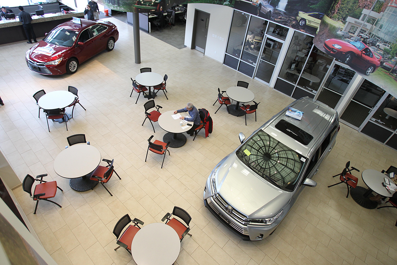 Dealerships Open On Sunday >> Car Dealerships Take Sunday Off The Boston Globe