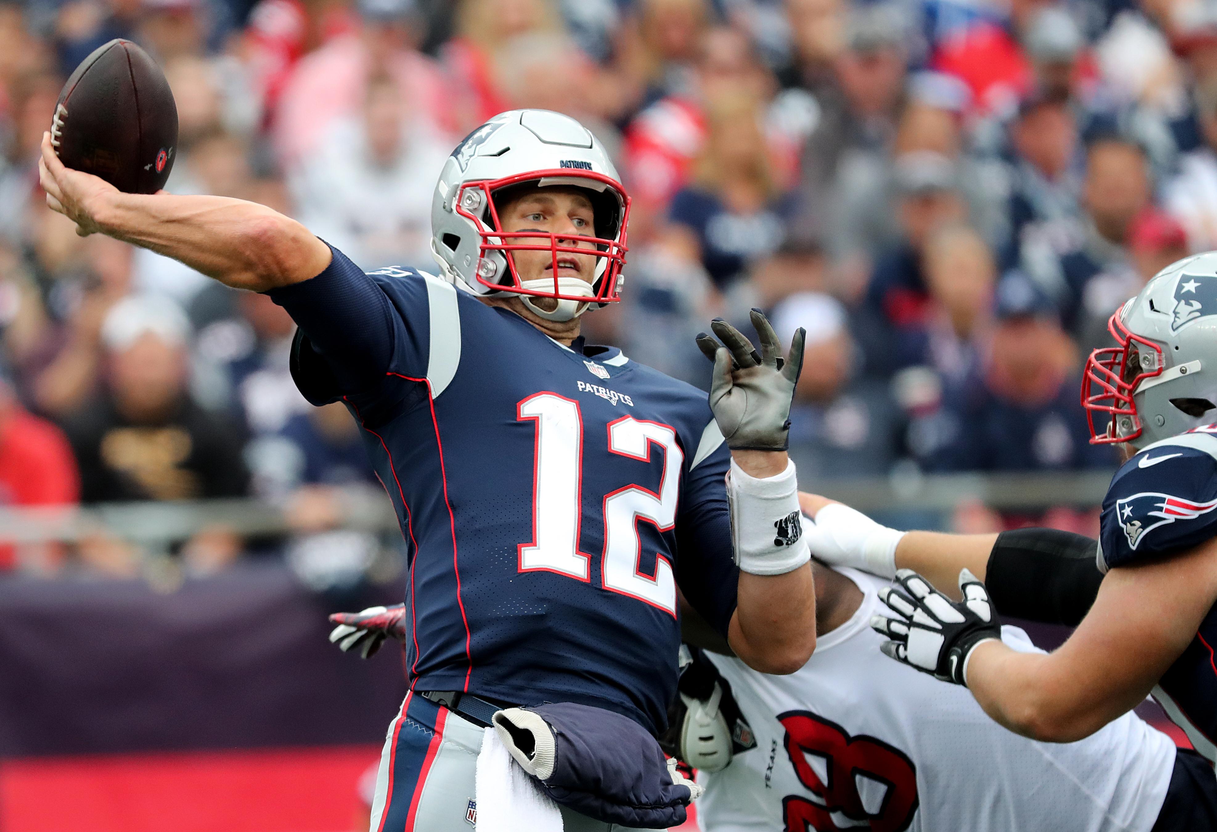 8845a596738 Patriots hold off Texans' comeback bid, win season-opener - The Boston Globe