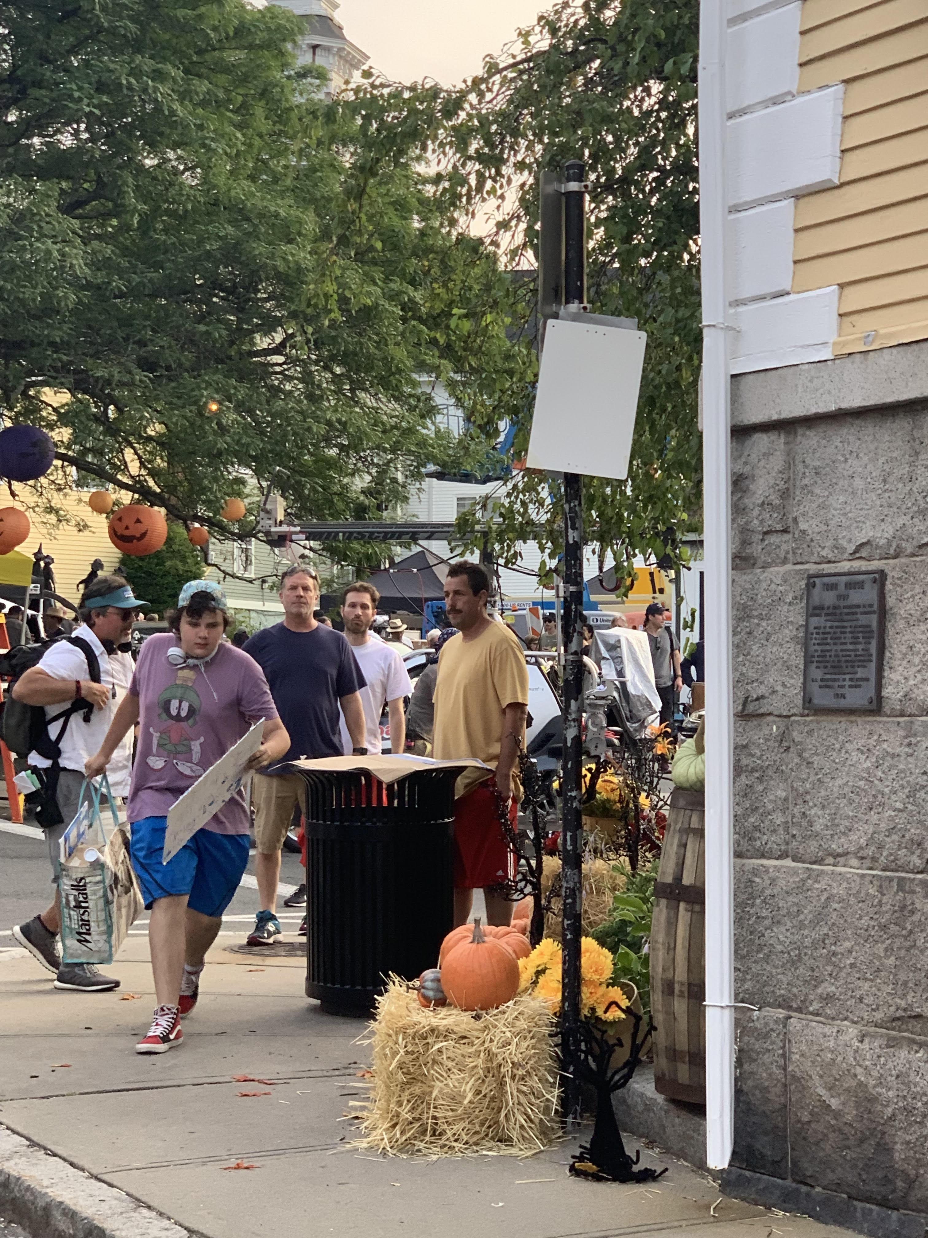 Adam Sandler Returns To The North Shore To Film Hubie Halloween The Boston Globe