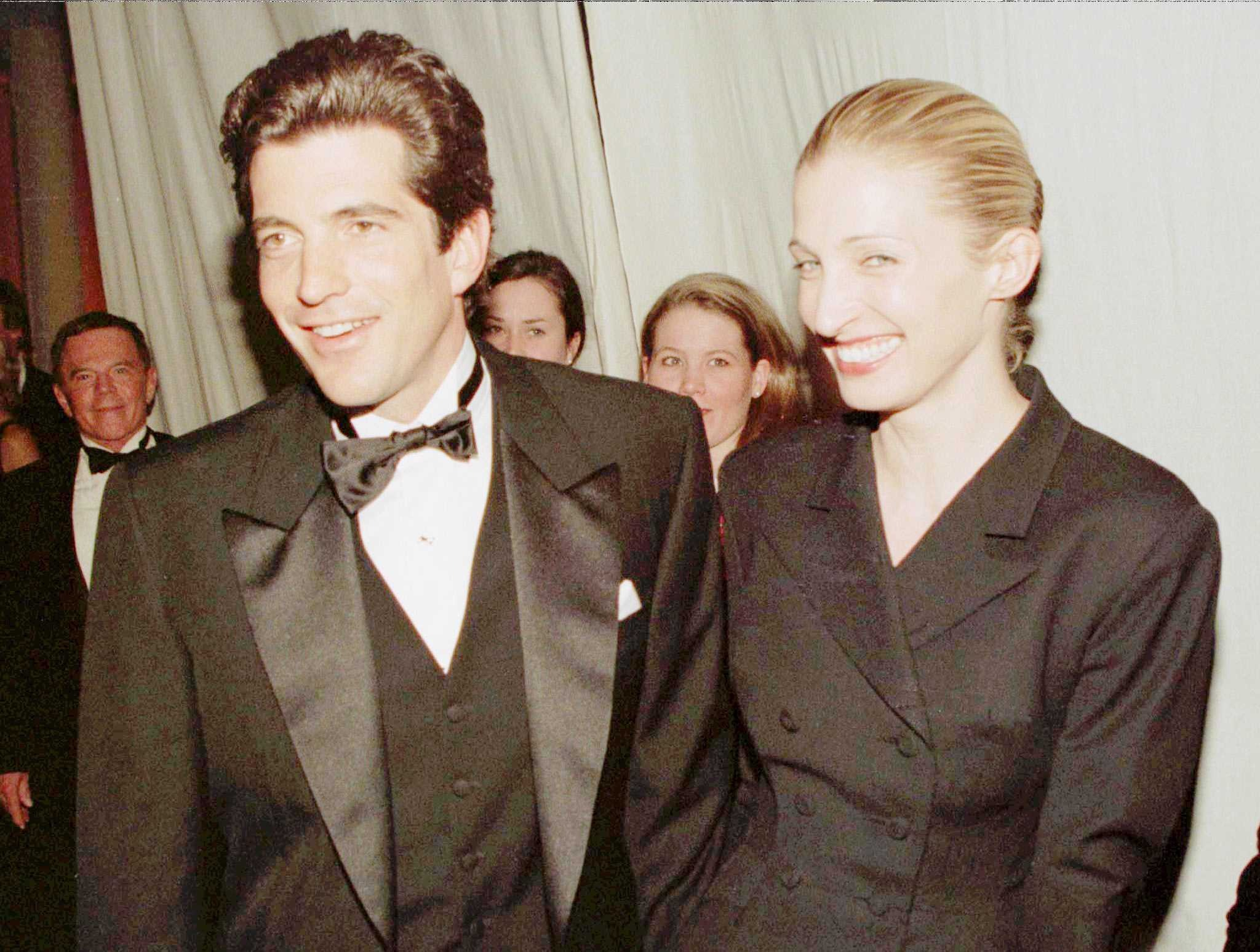 A Look Back At Jfk Jr S Life And Death On The 20th Anniversary Of His Plane Crash Off Martha S Vineyard The Boston Globe,Christina El Moussa Wedding Ring With Tarek