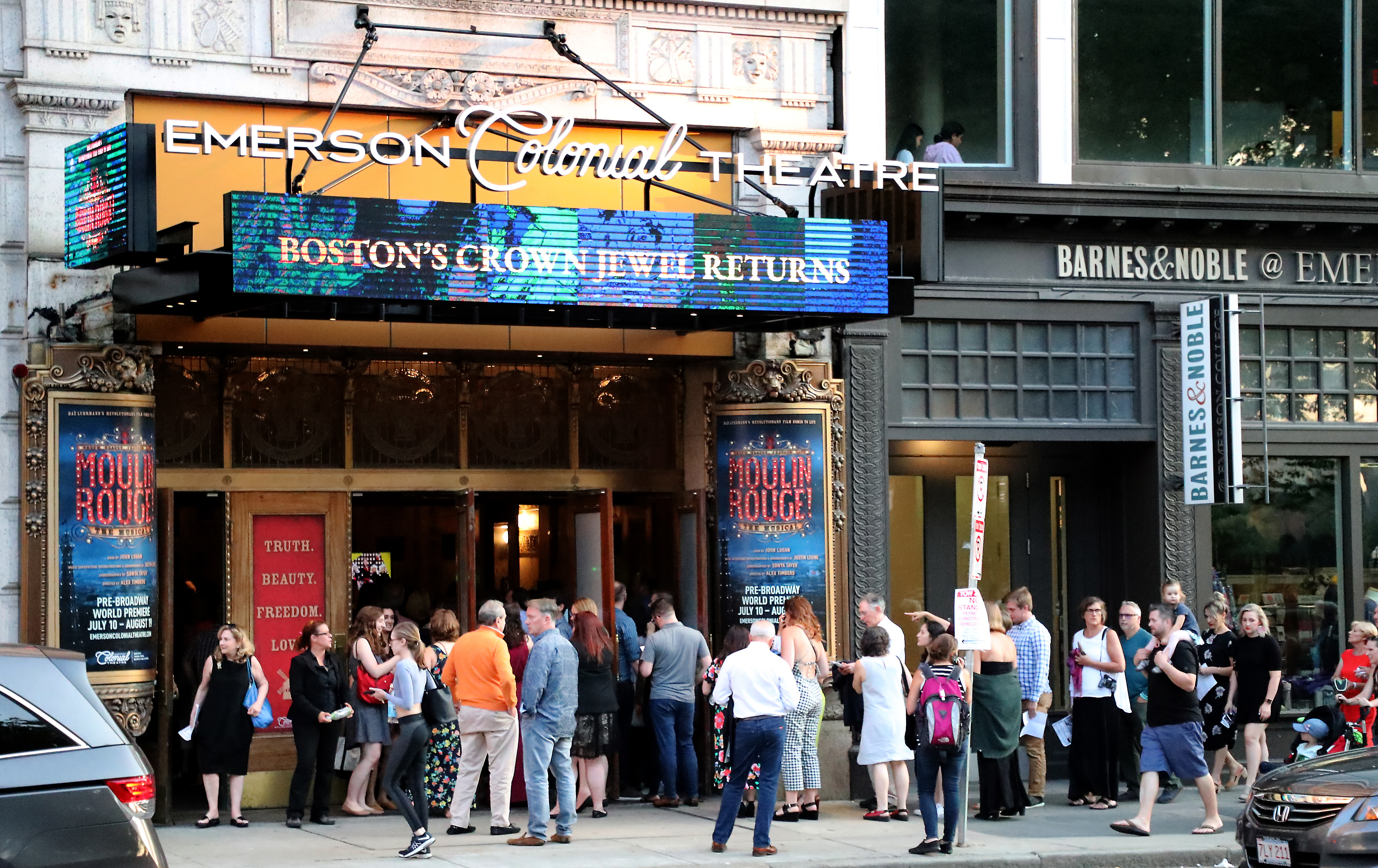A comeback role for Boston's theater district? - The Boston Globe