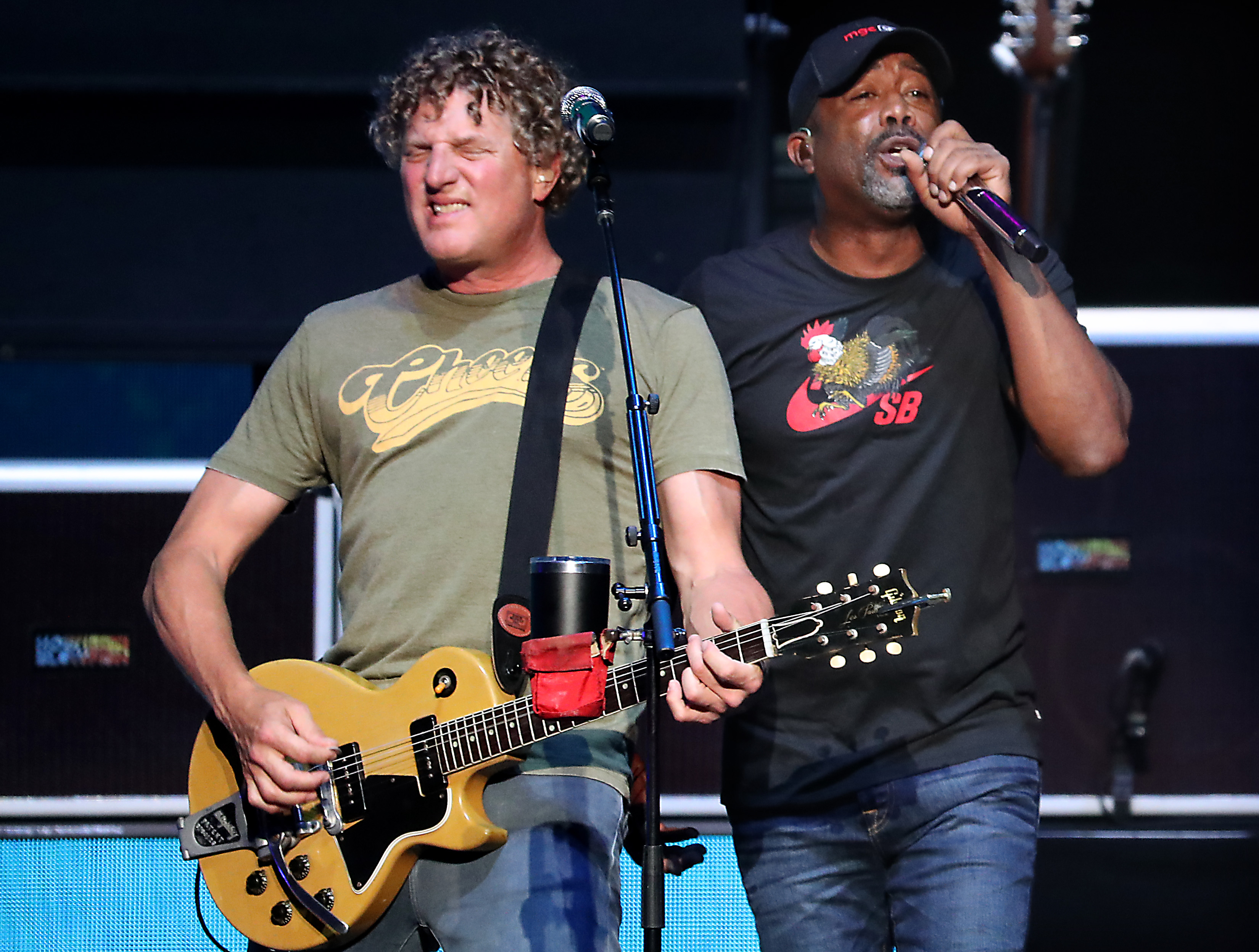 Hootie The Blowfish Show Why Cracked Still Shines In