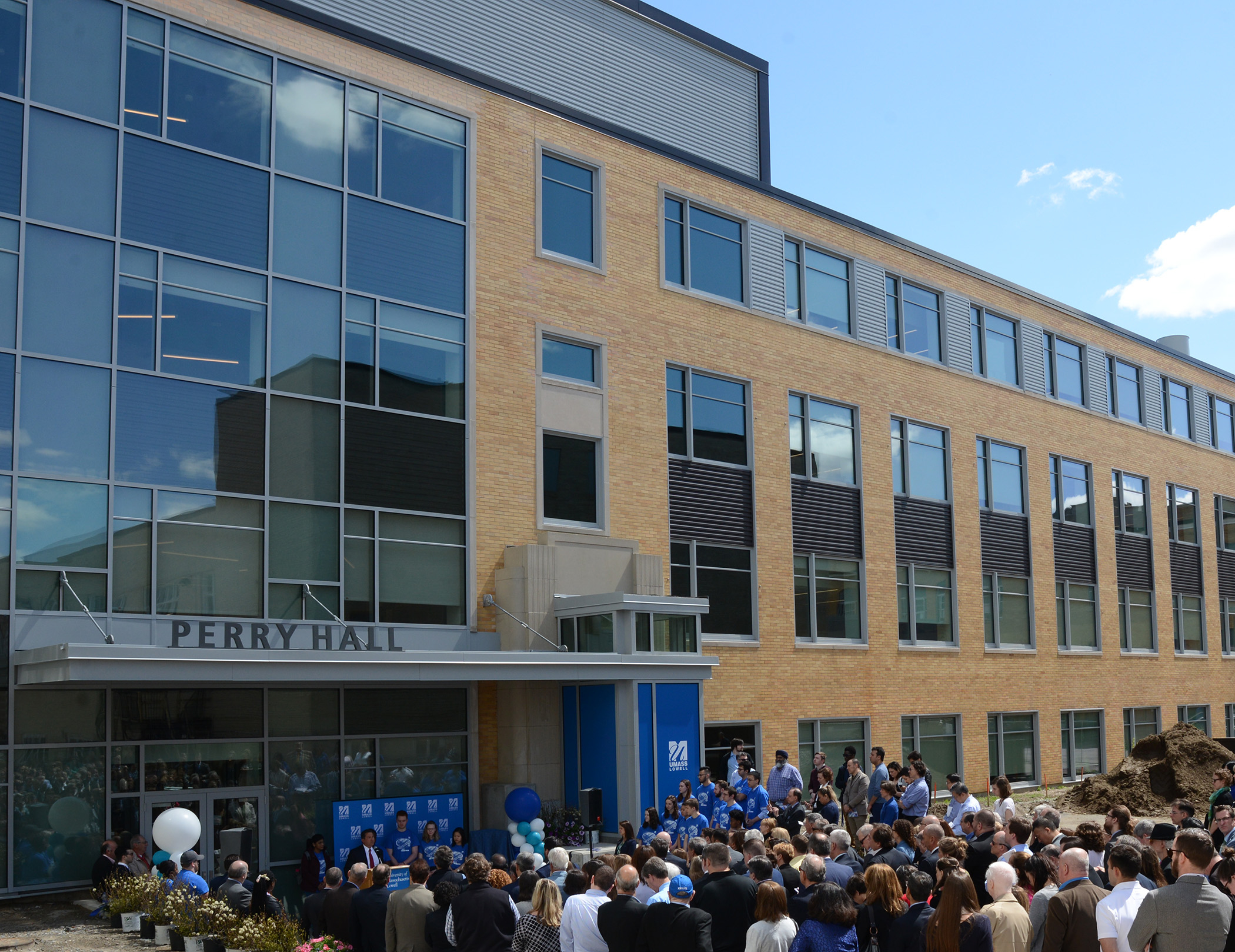 University Of Massachusetts Lowell >> Umass Lowell Building Gets 50 Million Makeover The Boston