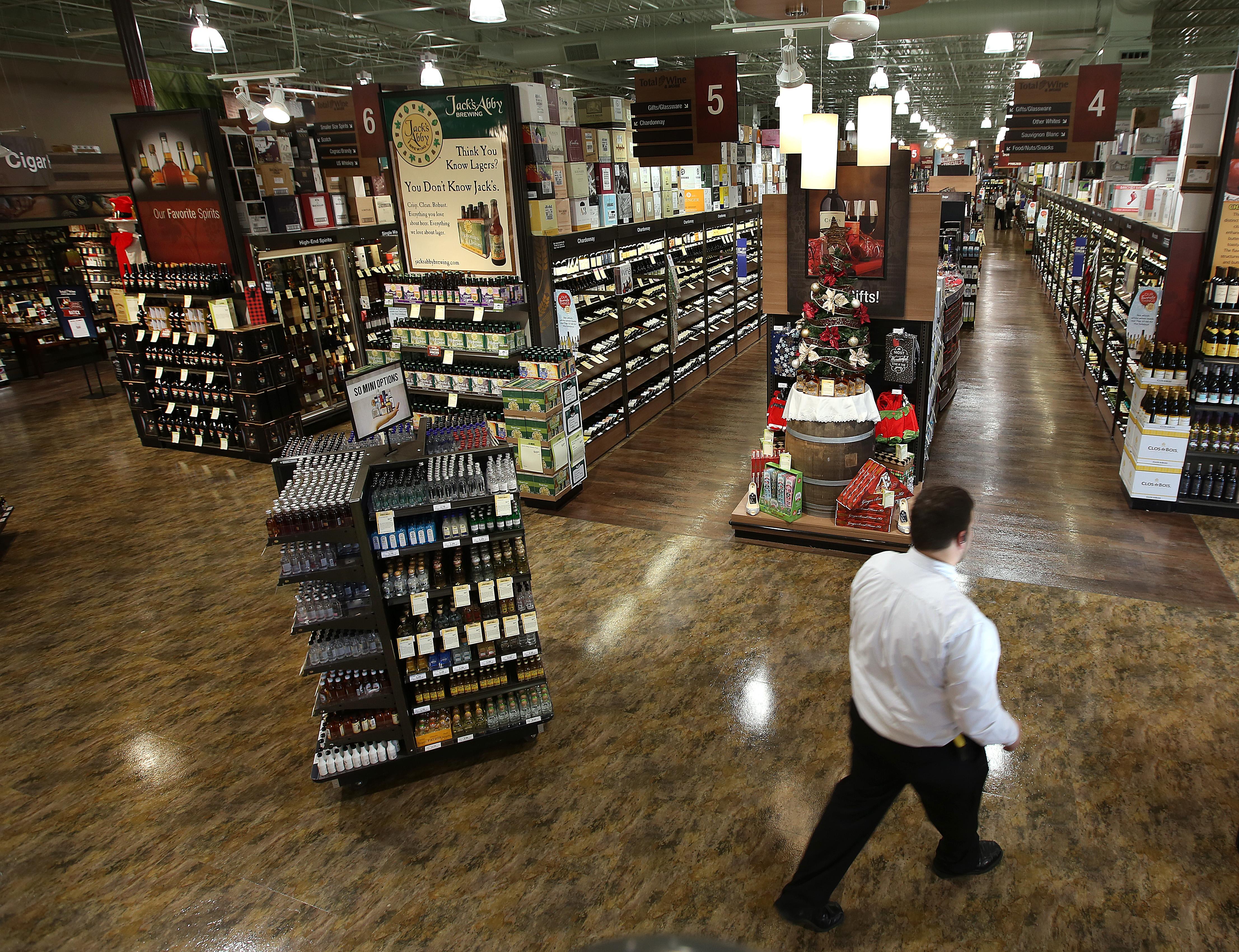 Super-cheap booze at Total Wine fuels pricing fight - The Boston Globe