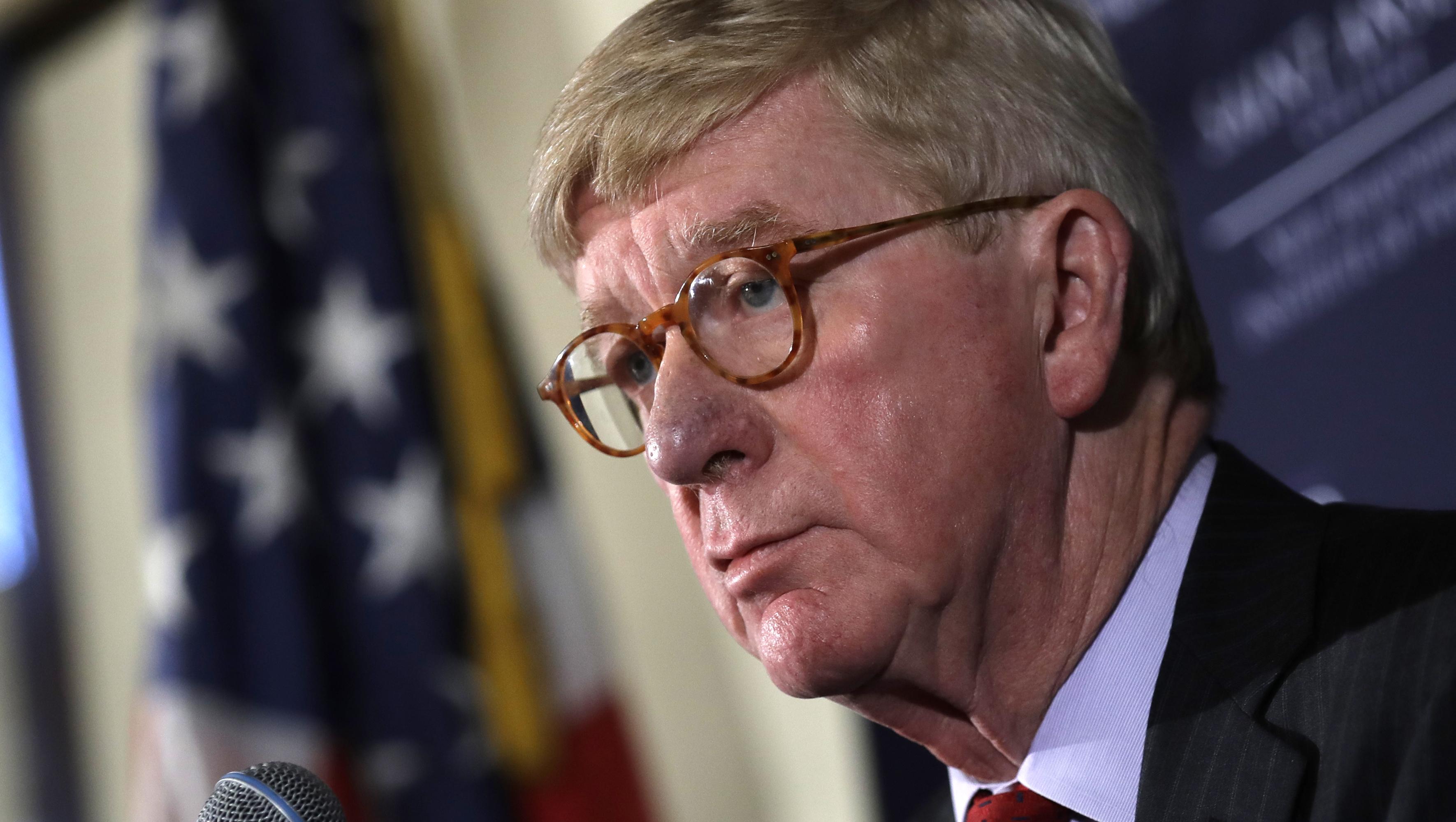Weld says Trump's Ukraine call is 'treason'