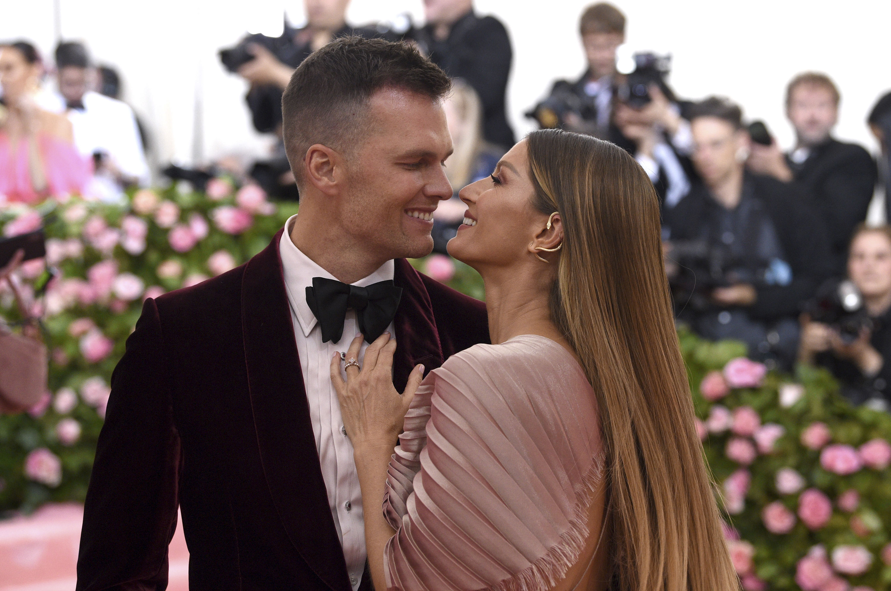 Tom Brady Reveals How He And Gisele Bundchen Balance Work And Marriage The Boston Globe