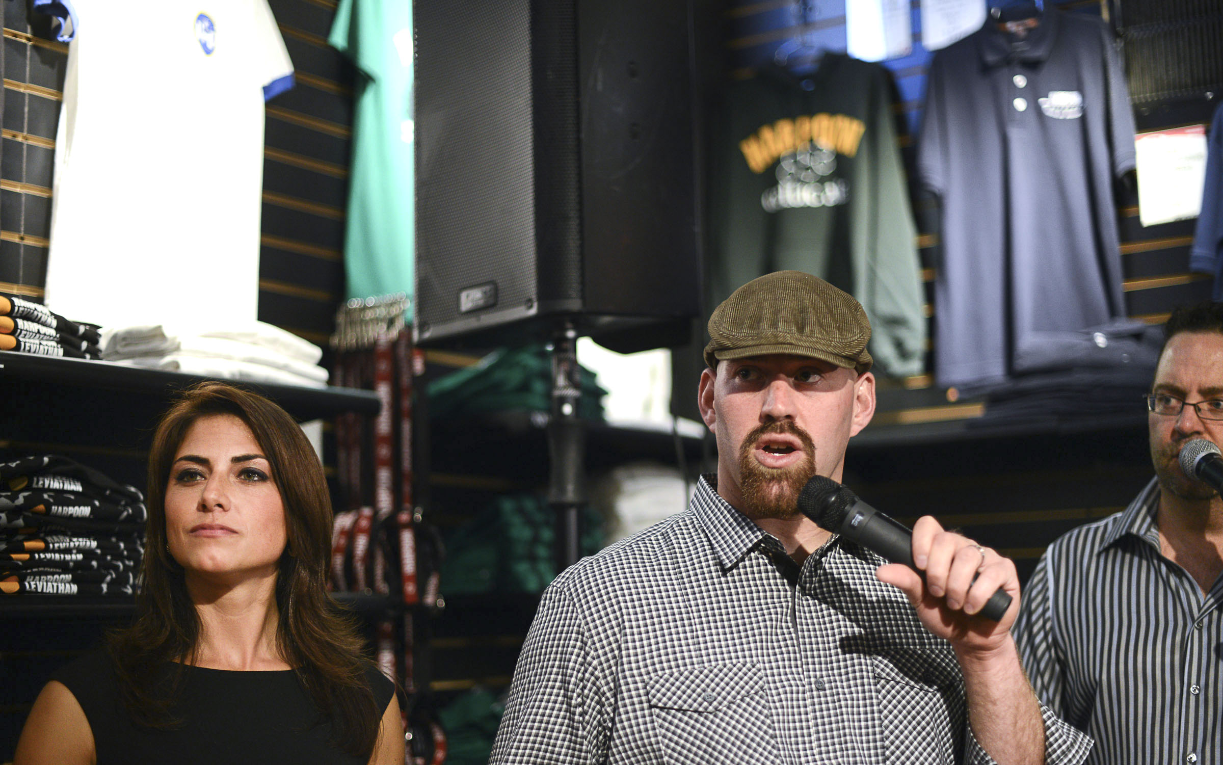 Kevin Youkilis and wife Julie Brady host fund-raiser - The