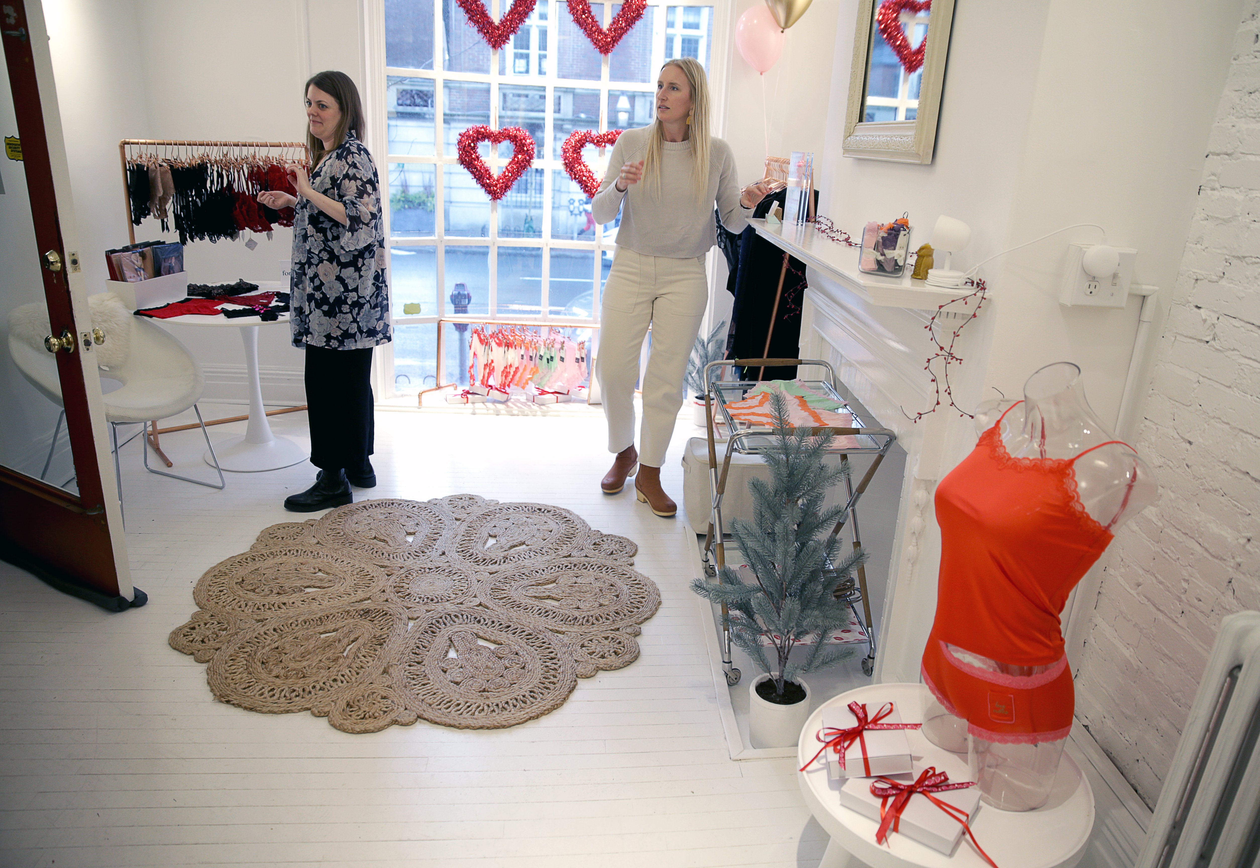 Victoria S Secret Is Out Women Want Comfortable Underwear That Fits The Boston Globe