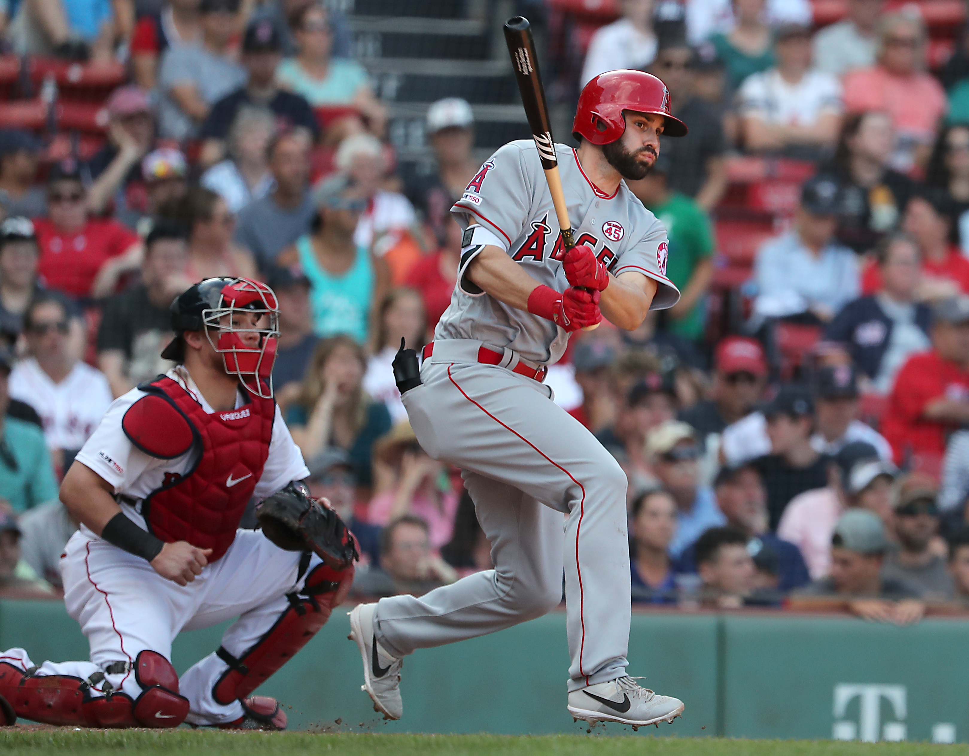 Angels' extra effort enough to beat Red Sox in 10