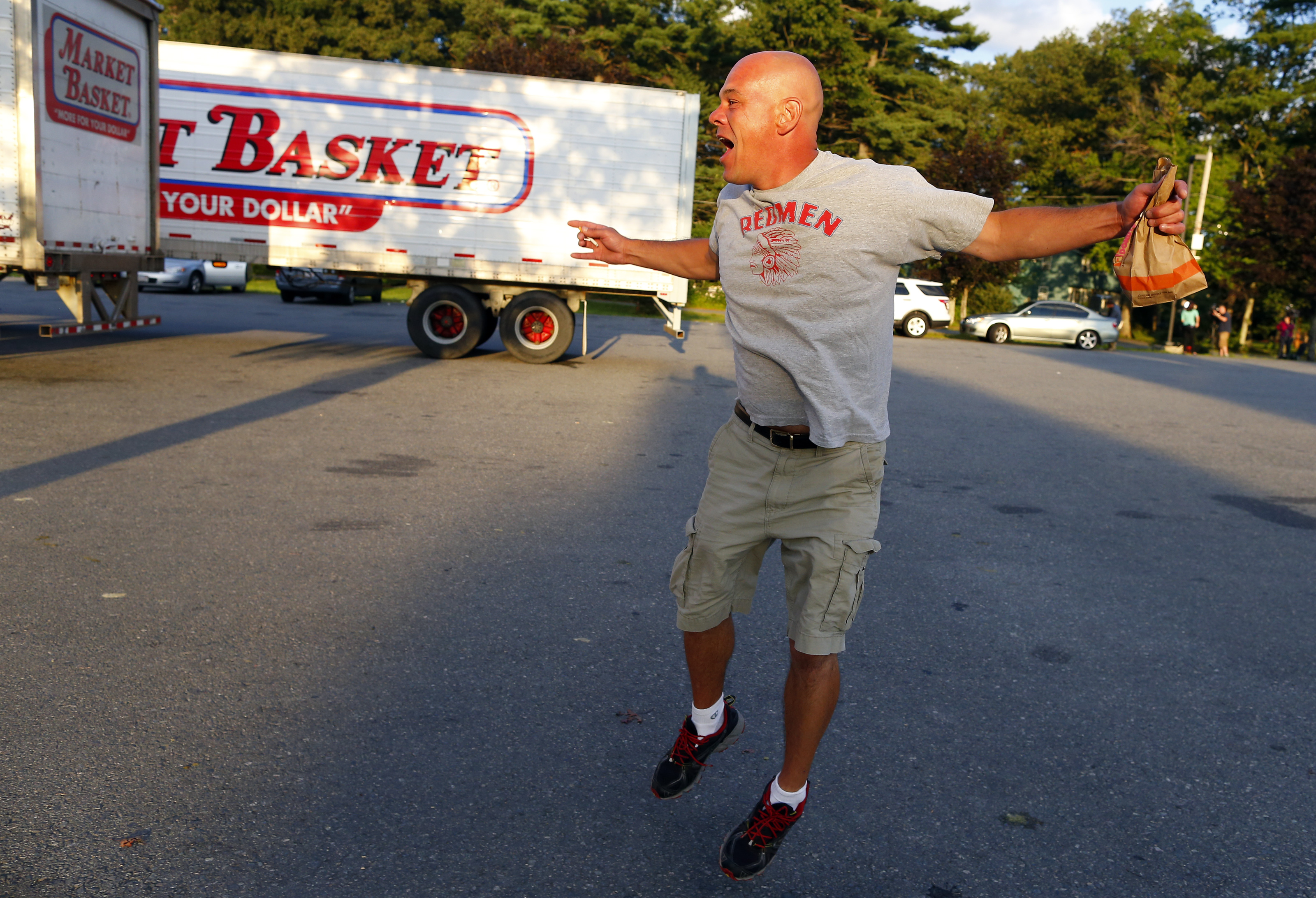As Arthur T  returns, Market Basket springs back to life
