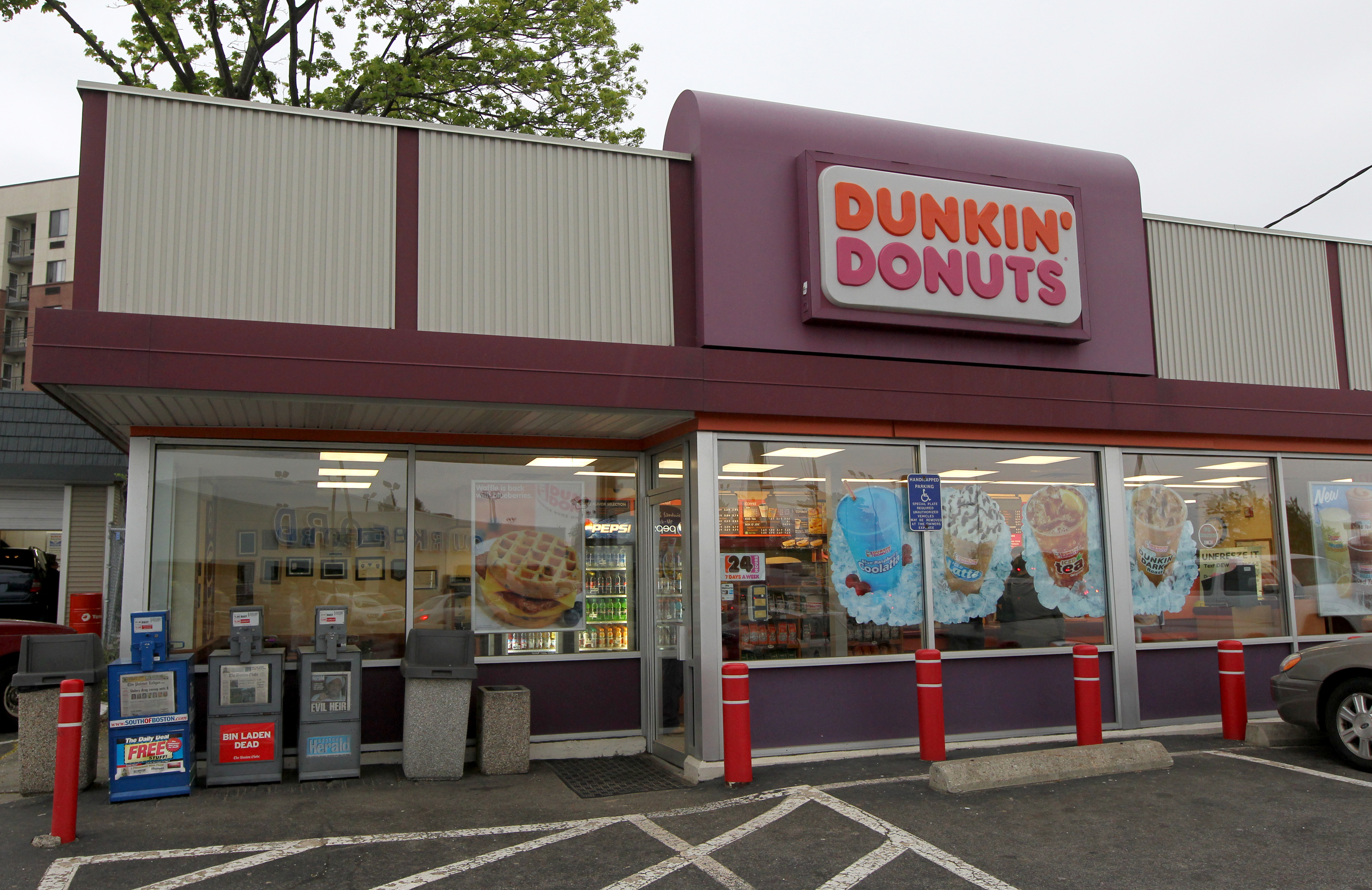 Here's what Dunkin' Donuts dropped from its menu - The