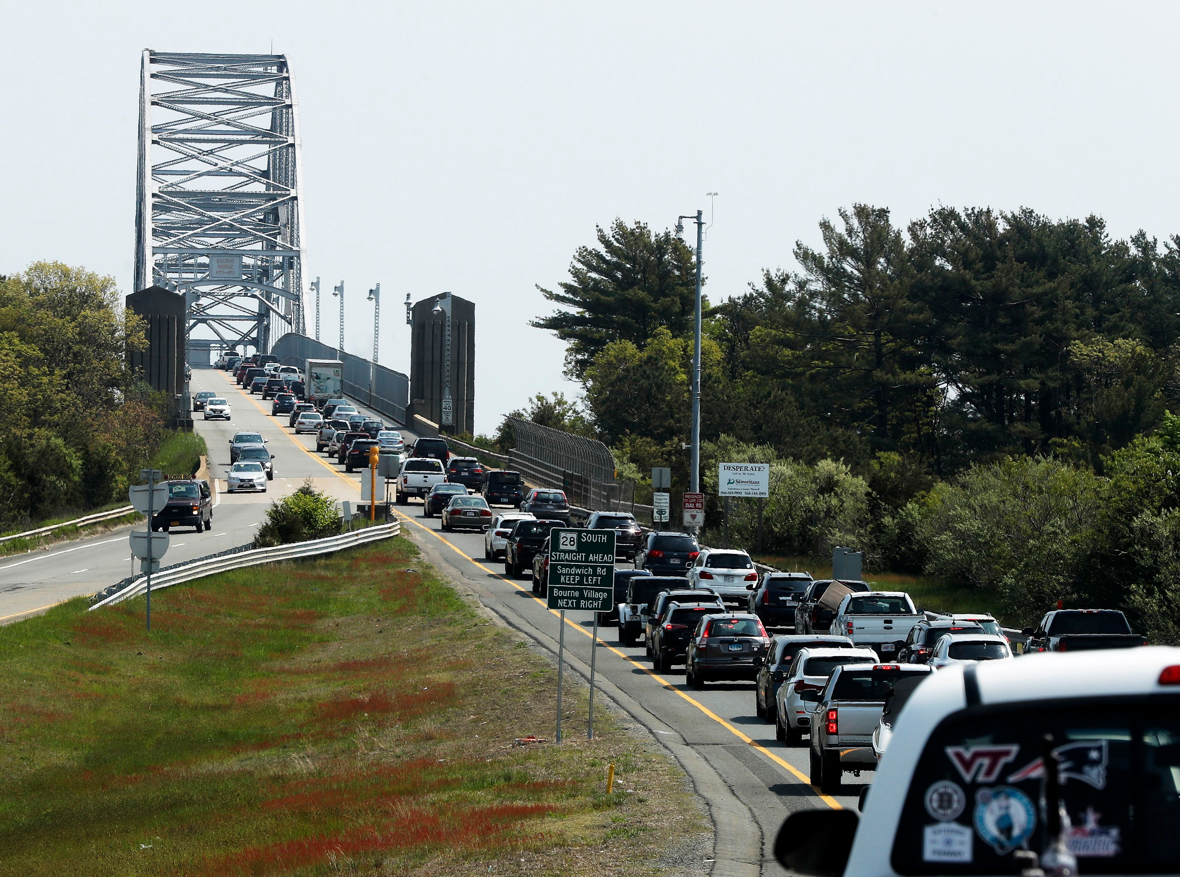 Traveling somewhere? Prepare for a surge of holiday traffic