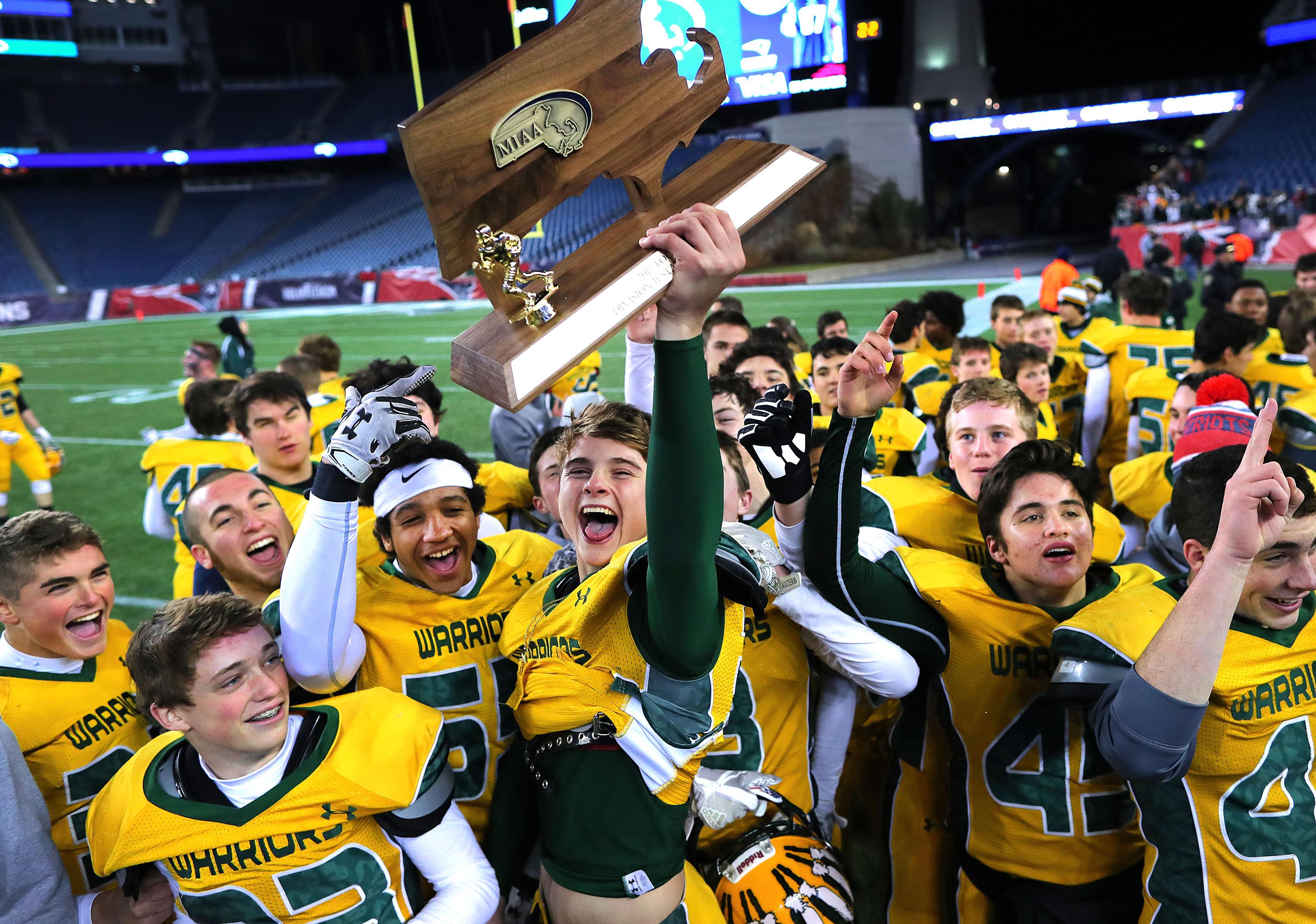 958743e4 2018 MIAA high school football team previews - The Boston Globe