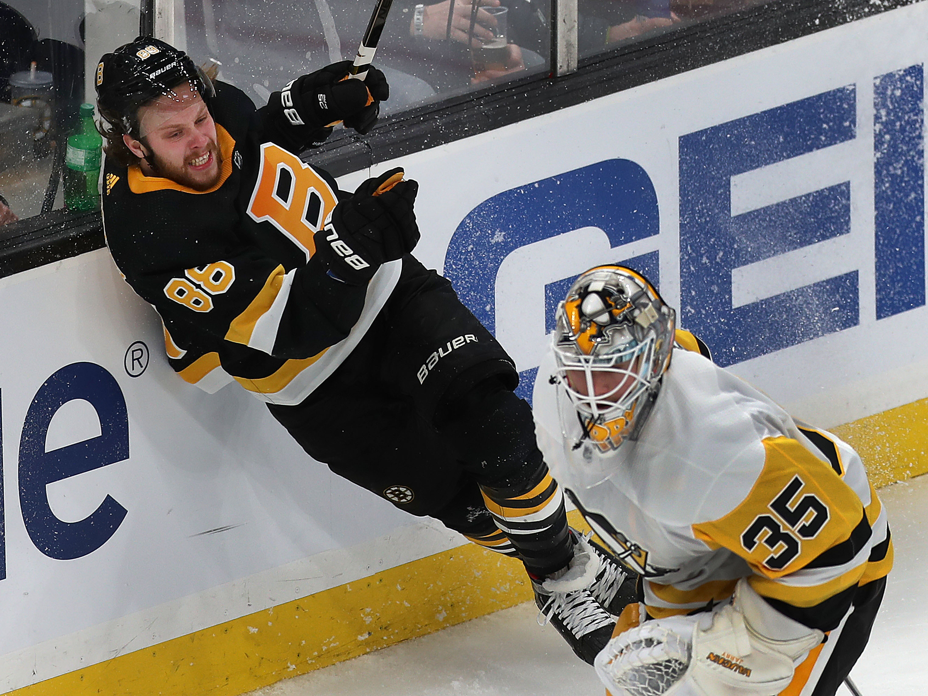 Observations from the Bruins' win over the Penguins
