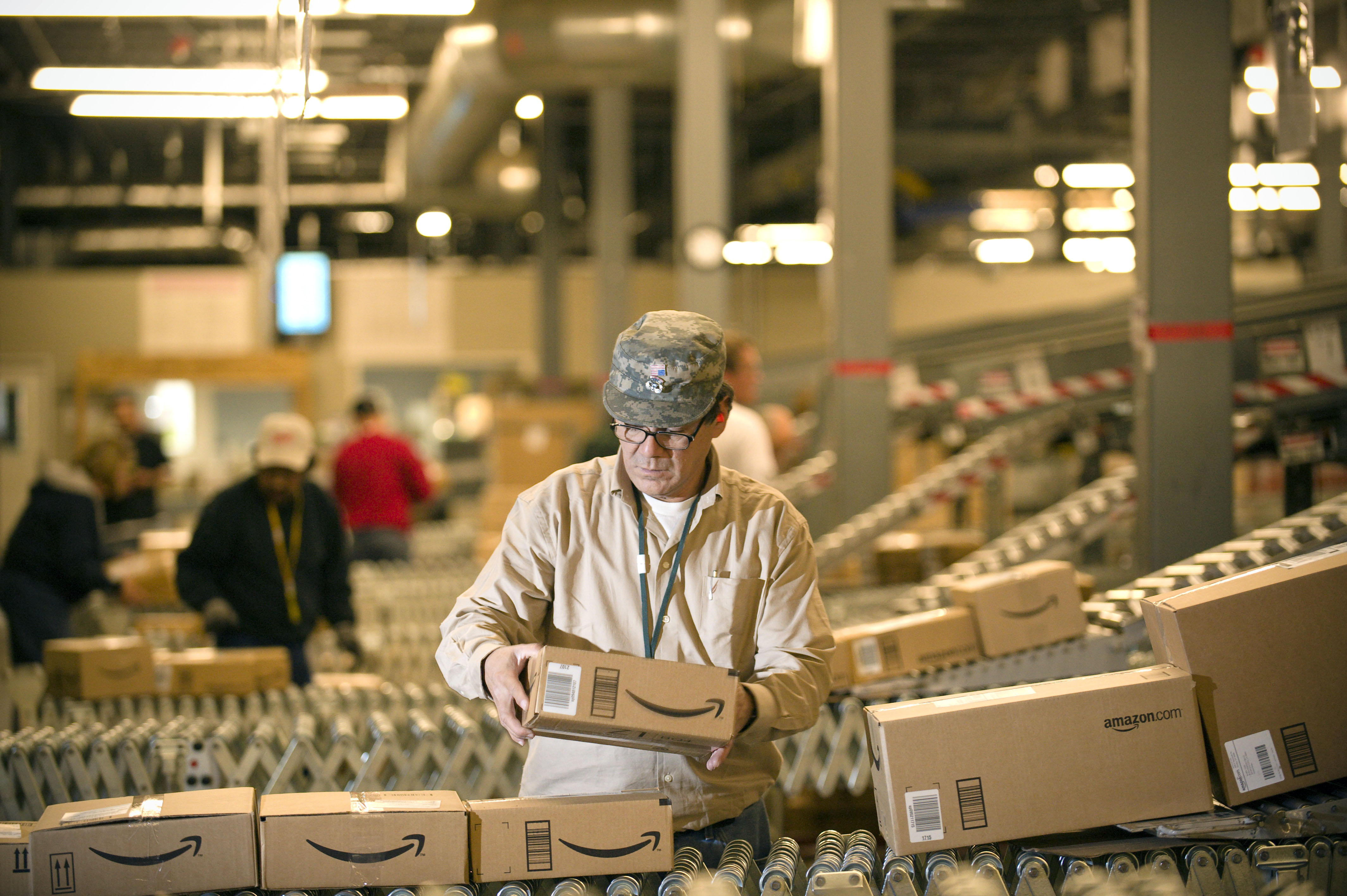 Blue laws won't hold Amazon back in Mass  - The Boston Globe