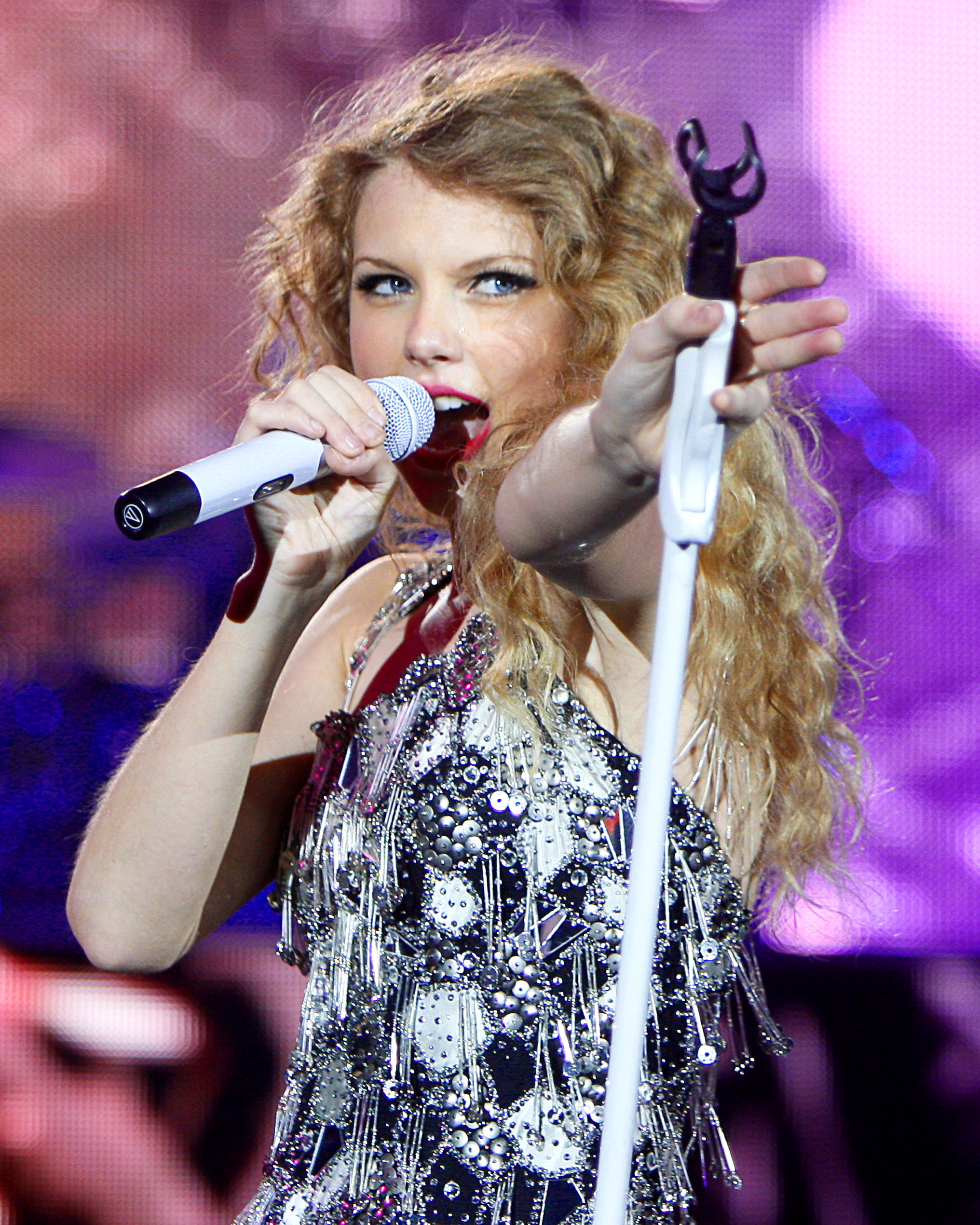 Taylor Swift Loves Playing Gillette Here S A Look Back At Her Past Performances The Boston Globe